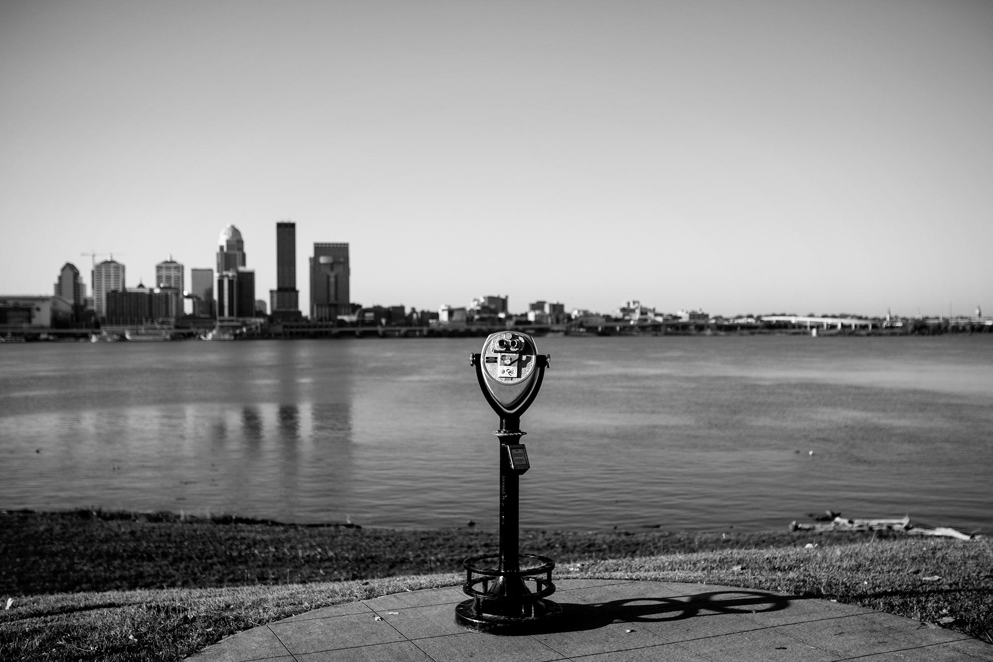 Seriously_Sabrina_Photography_Louisville_Kentucky_Engagement_Falls_of_Ohio_Seneca_Park_KarlMarlie75.jpg