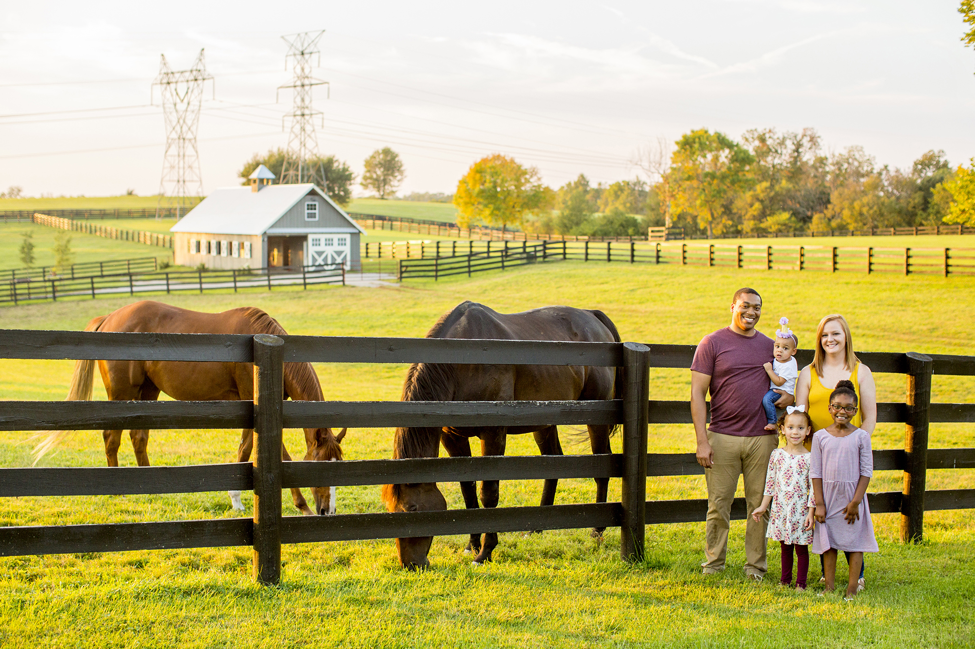 Seriously_Sabrina_Photography_Lexington_Kentucky_Family_Photographer_Seven_Acre_Farm_JimmieKristyn3.jpg