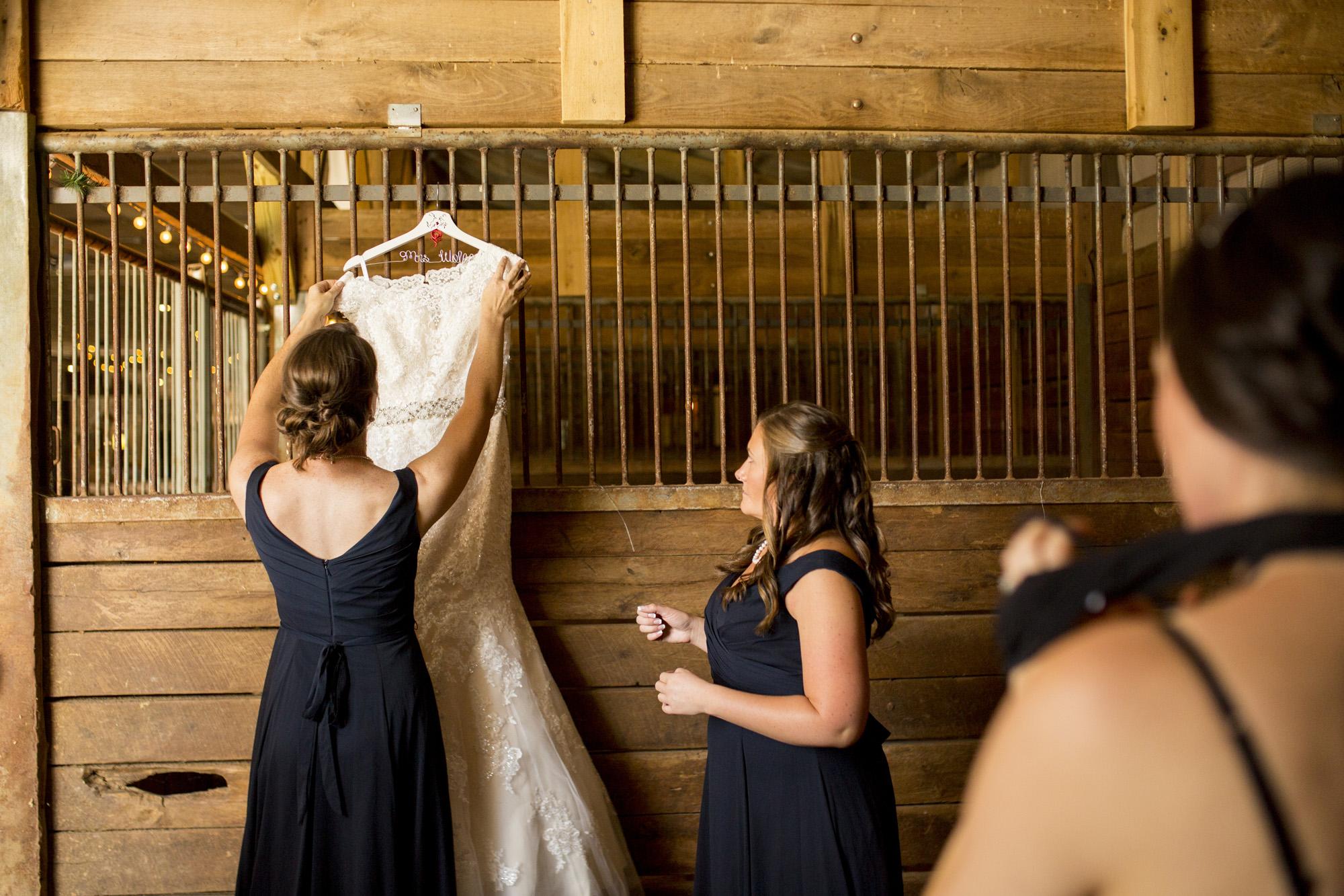 Seriously_Sabrina_Photography_Bowling_Green_Kentucky_Highland_Stables_Wedding_Wolff10.jpg