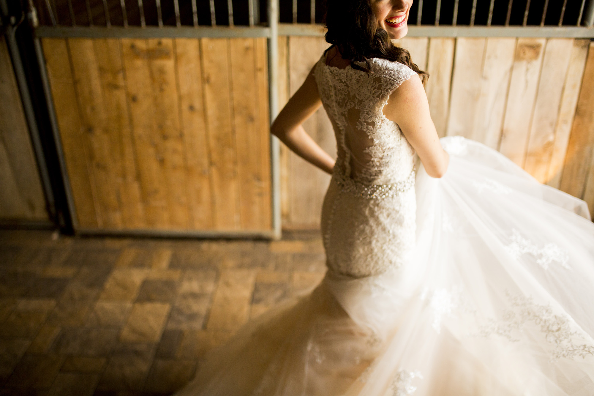 Seriously_Sabrina_Photography_Bowling_Green_Kentucky_Highland_Stables_Wedding_Wolff19.jpg