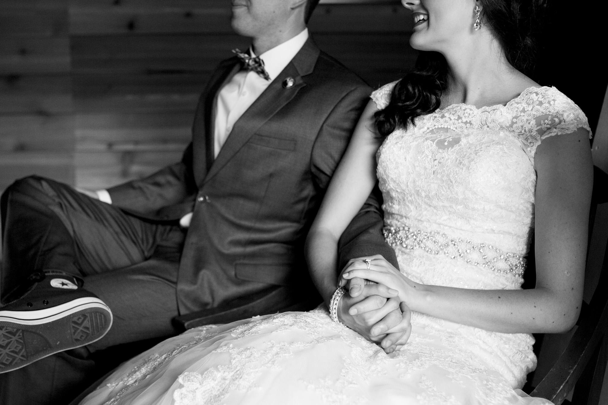Seriously_Sabrina_Photography_Bowling_Green_Kentucky_Highland_Stables_Wedding_Wolff65.jpg