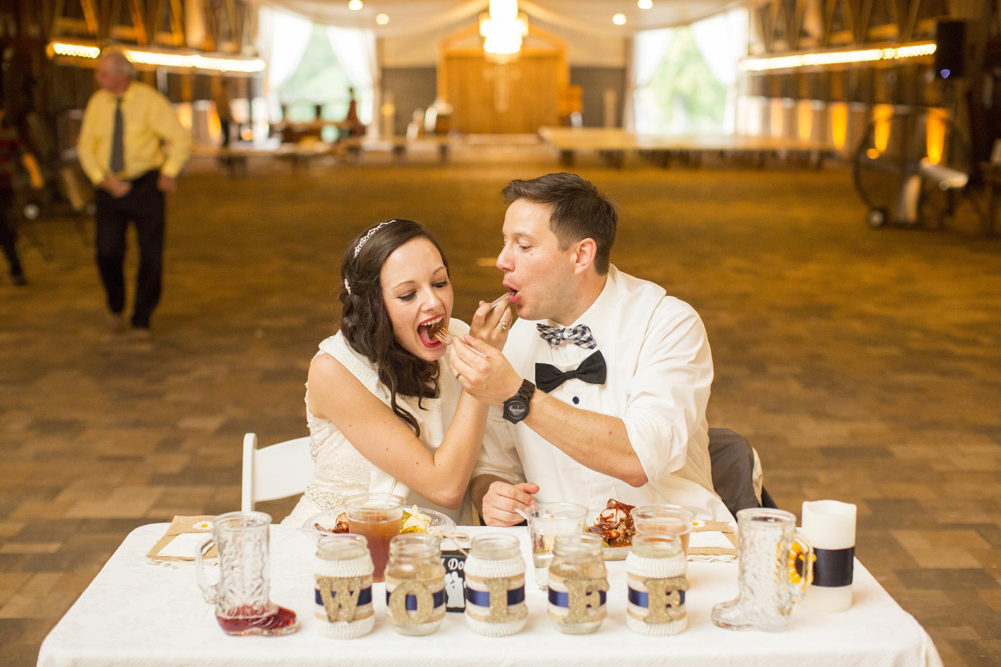 Seriously_Sabrina_Photography_Bowling_Green_Kentucky_Highland_Stables_Wedding_Wolff135.jpg