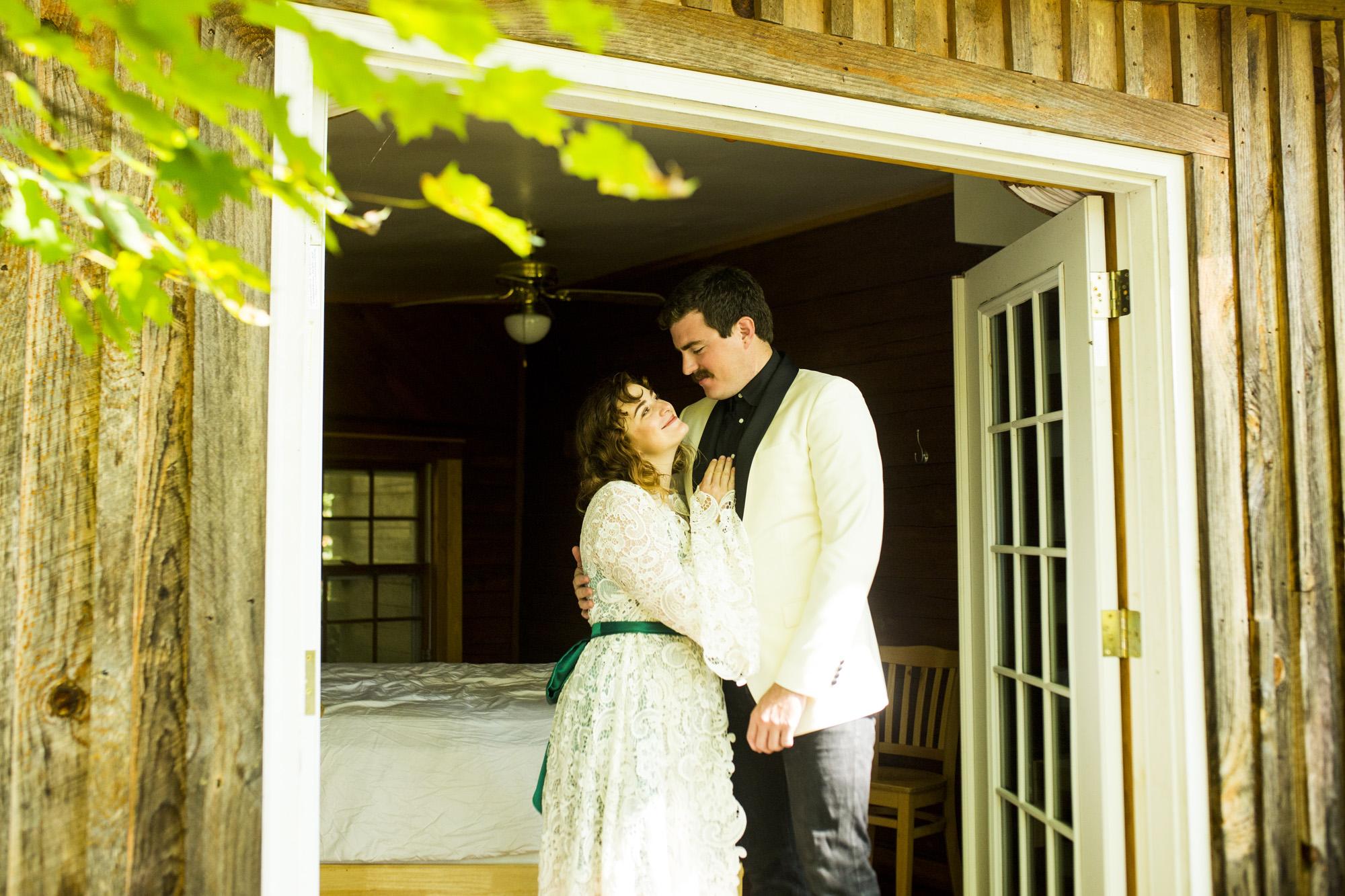 Seriously_Sabrina_Photography_Red_River_Gorge_Kentucky_Wedding_ShawnDana50.jpg