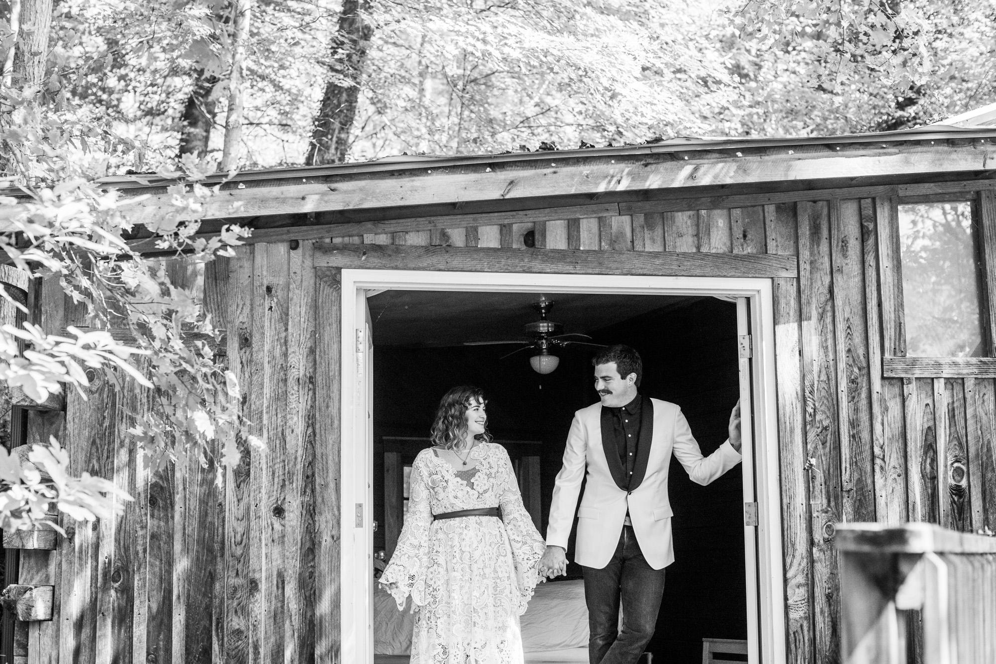 Seriously_Sabrina_Photography_Red_River_Gorge_Kentucky_Wedding_ShawnDana52.jpg