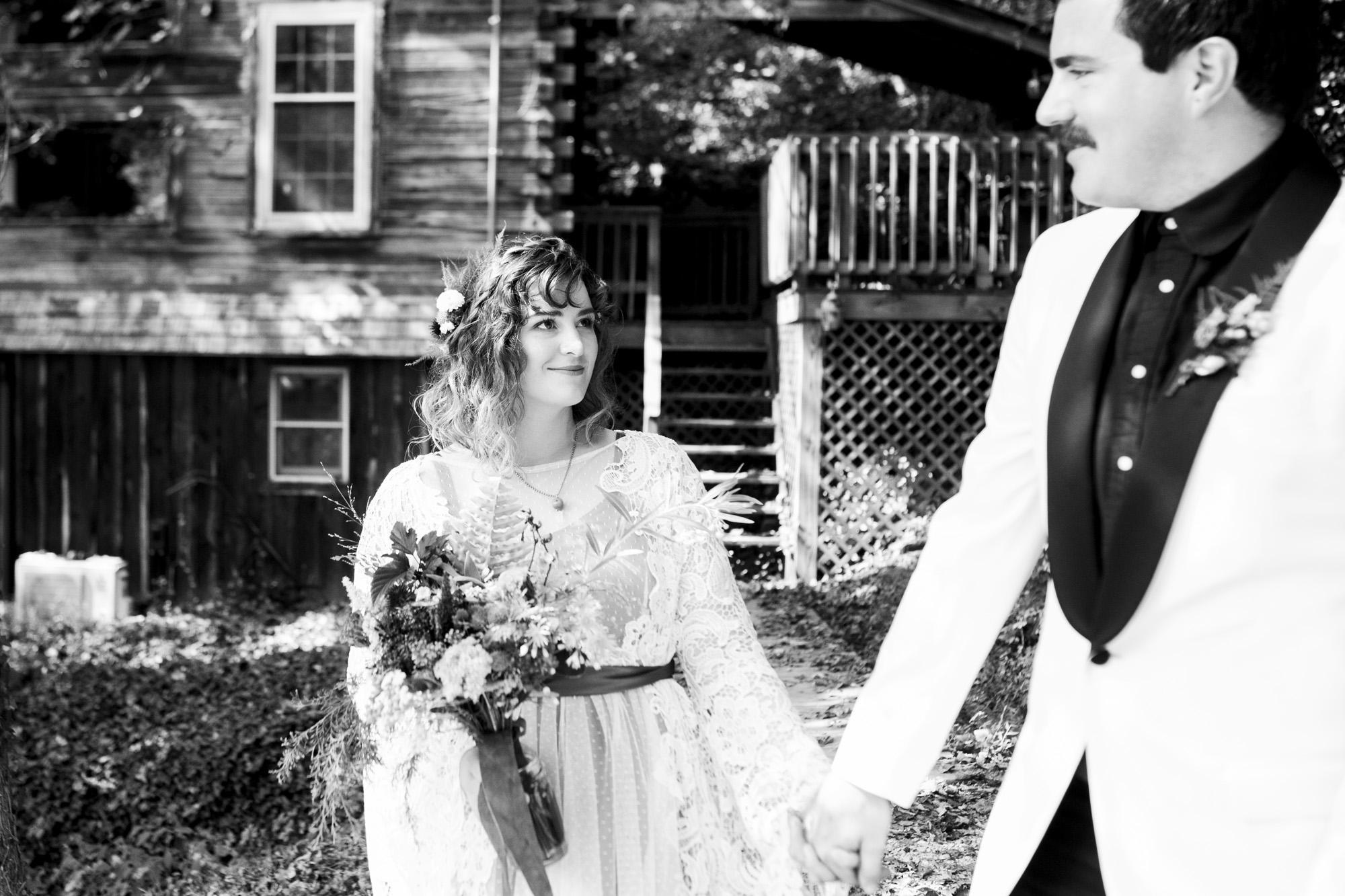 Seriously_Sabrina_Photography_Red_River_Gorge_Kentucky_Wedding_ShawnDana75.jpg