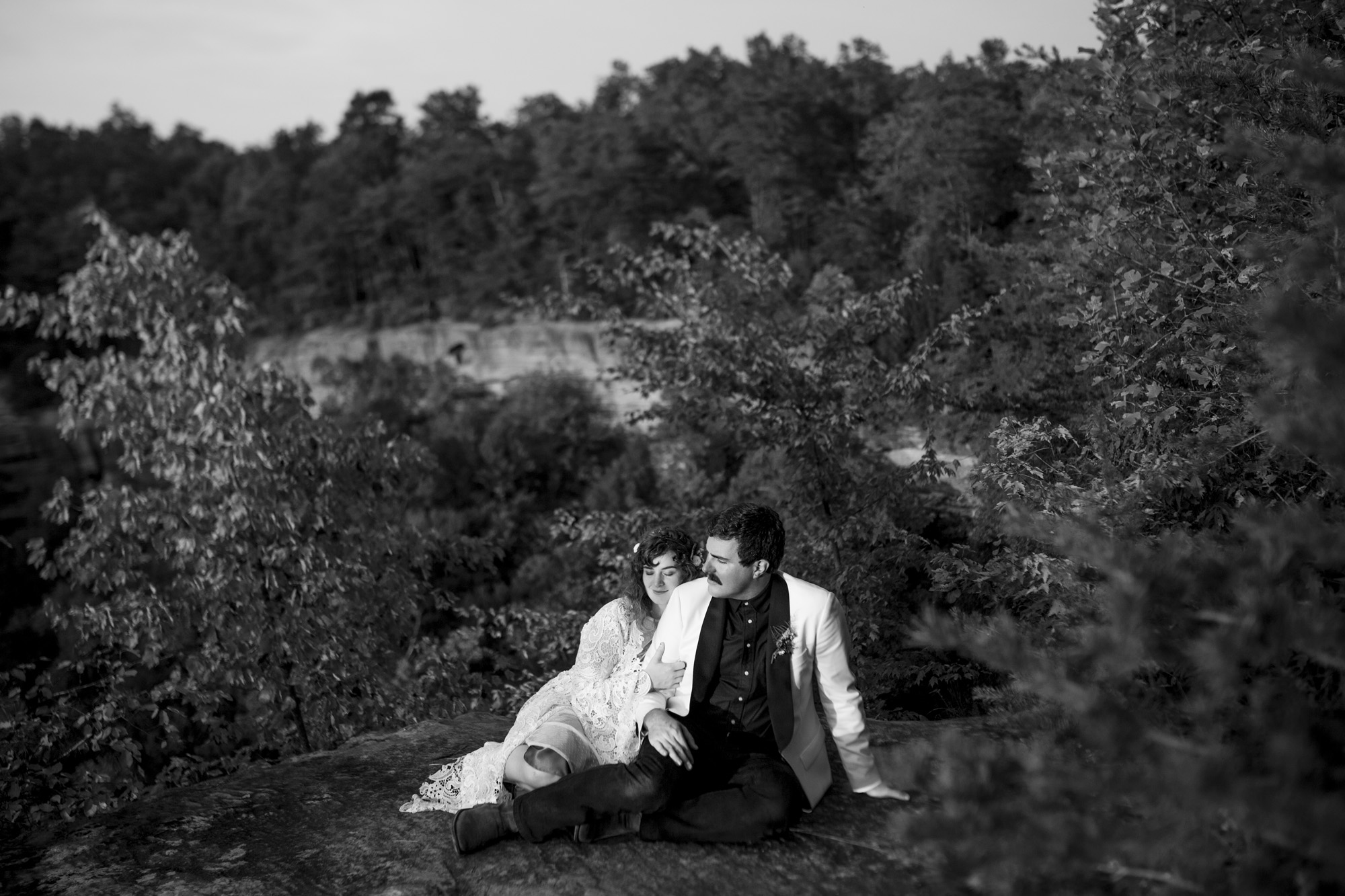 Seriously_Sabrina_Photography_Red_River_Gorge_Kentucky_Wedding_ShawnDana162.jpg