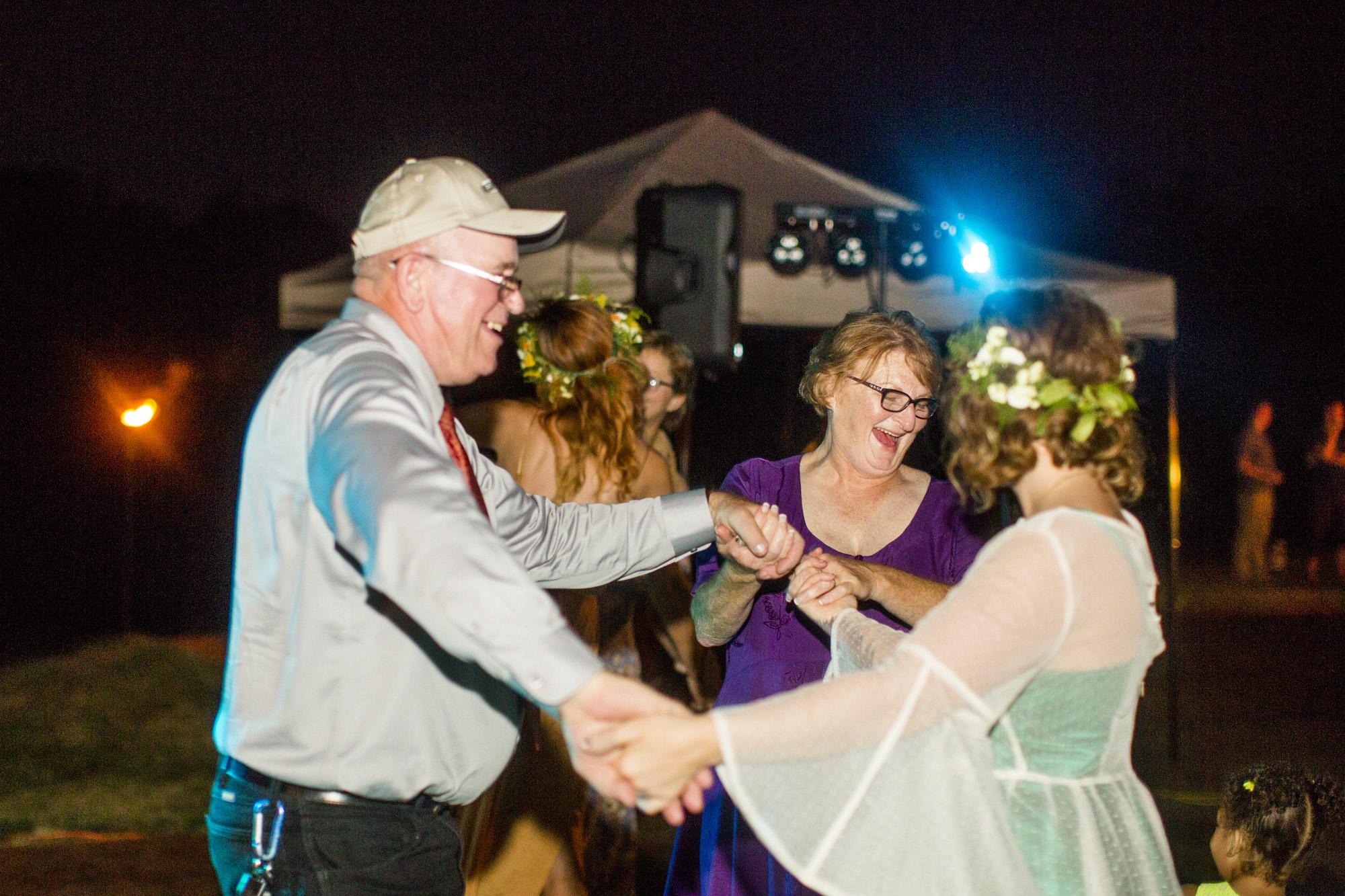 Seriously_Sabrina_Photography_Red_River_Gorge_Kentucky_Wedding_ShawnDana210.jpg