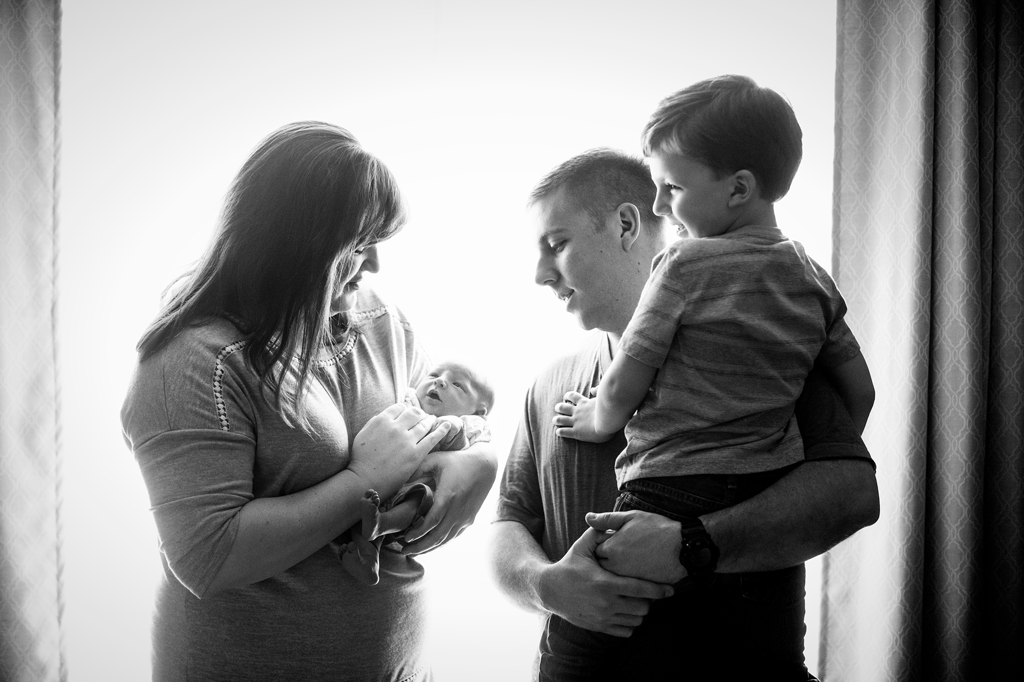 Seriously_Sabrina_Photography_Lexington_Kentucky_Family_Newborn_Caden_Rawlings4.jpg