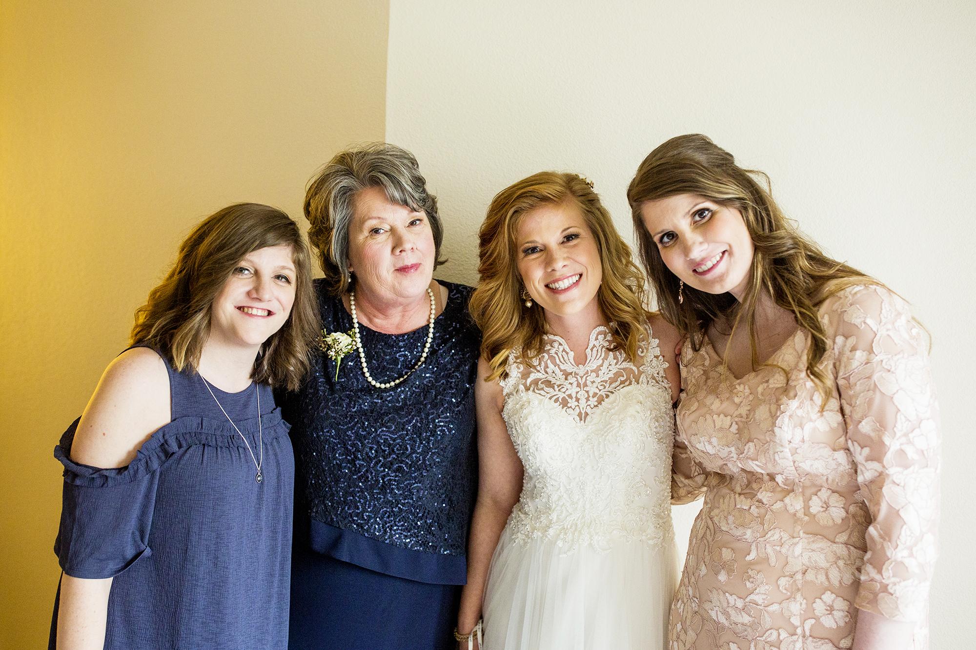 Seriously_Sabrina_Photography_Lexington_Kentucky_Red_Barn_Red_Mile_Wedding_Detoma29.jpg