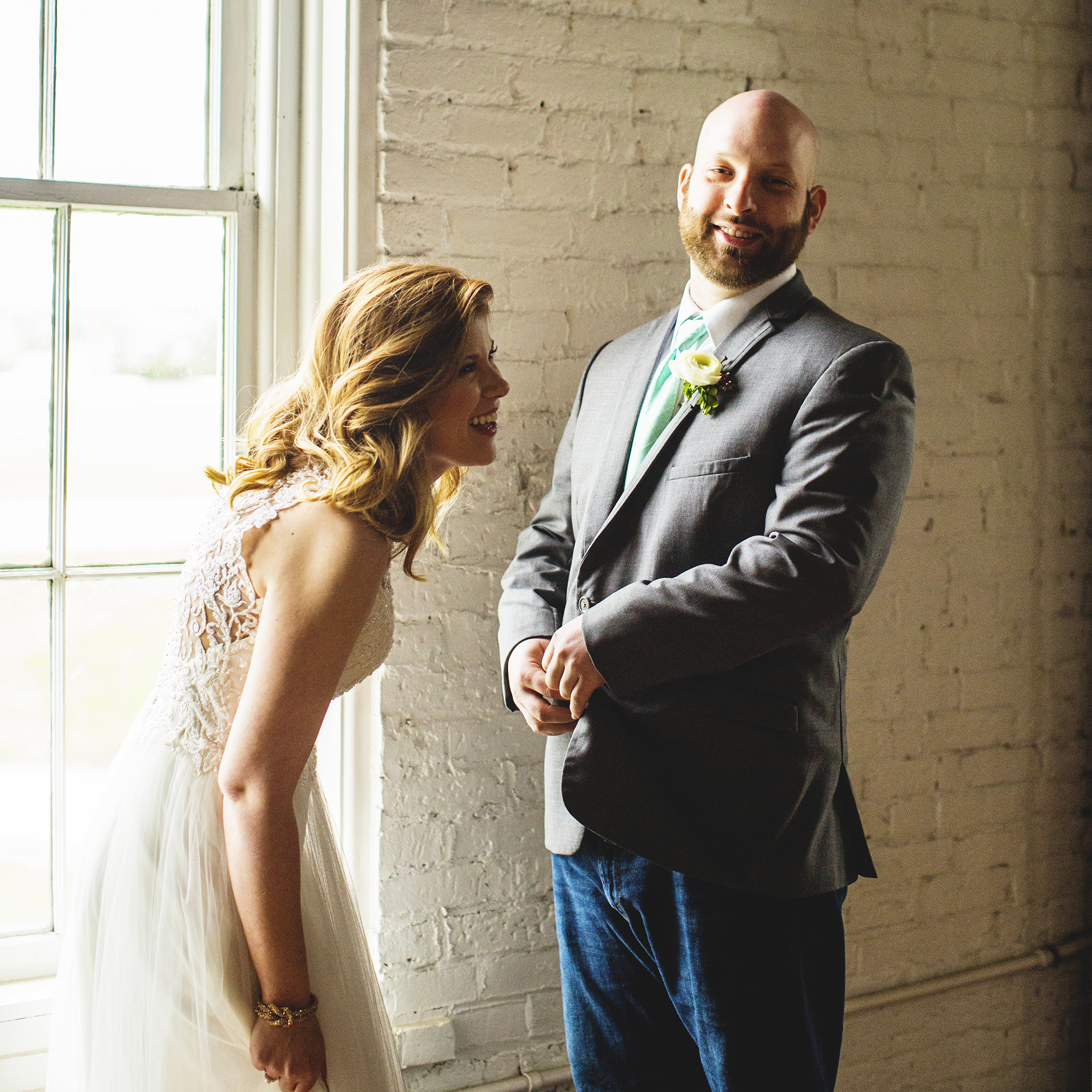 Seriously_Sabrina_Photography_Lexington_Kentucky_Red_Barn_Red_Mile_Wedding_Detoma33.jpg
