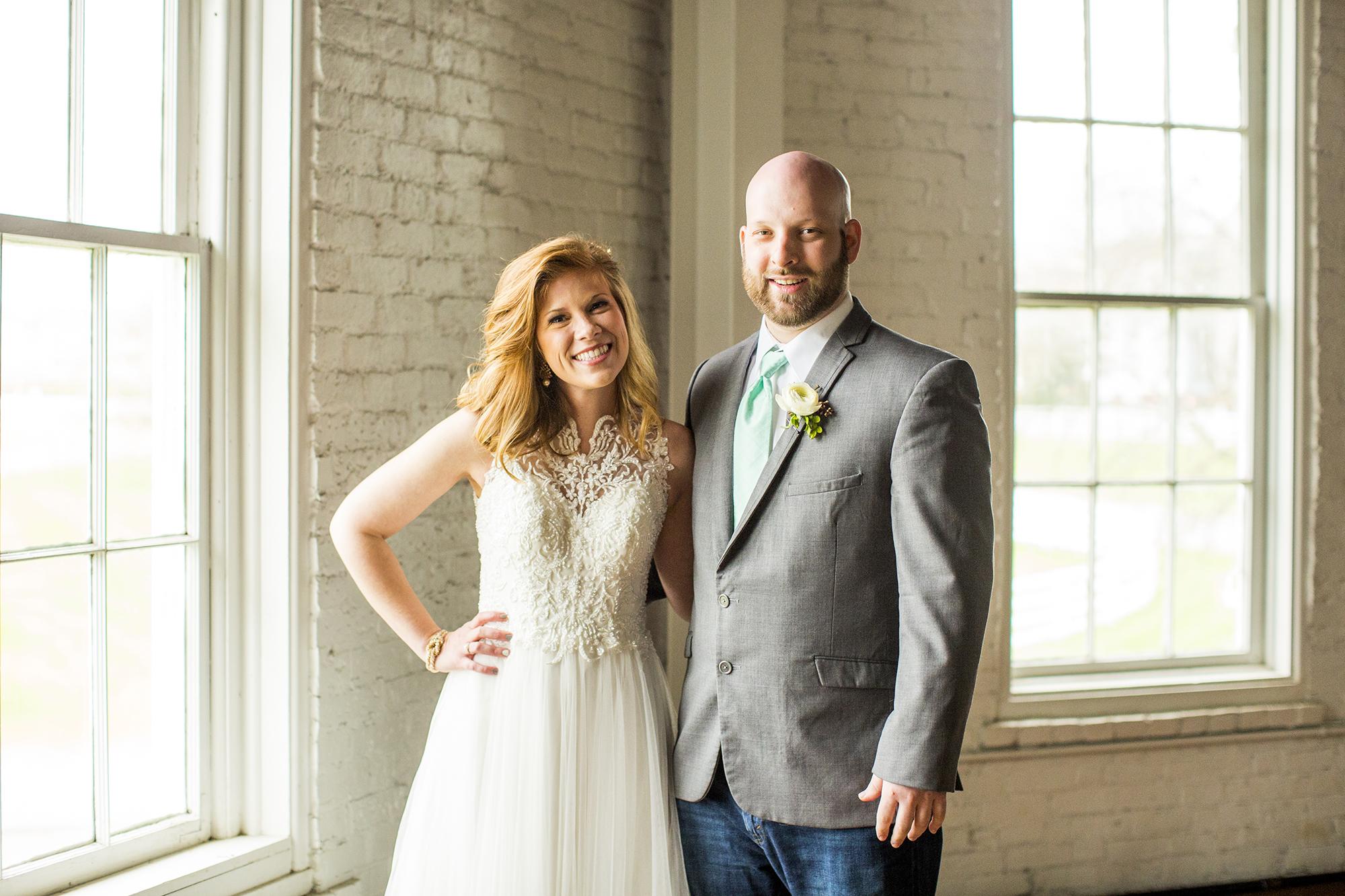 Seriously_Sabrina_Photography_Lexington_Kentucky_Red_Barn_Red_Mile_Wedding_Detoma35.jpg