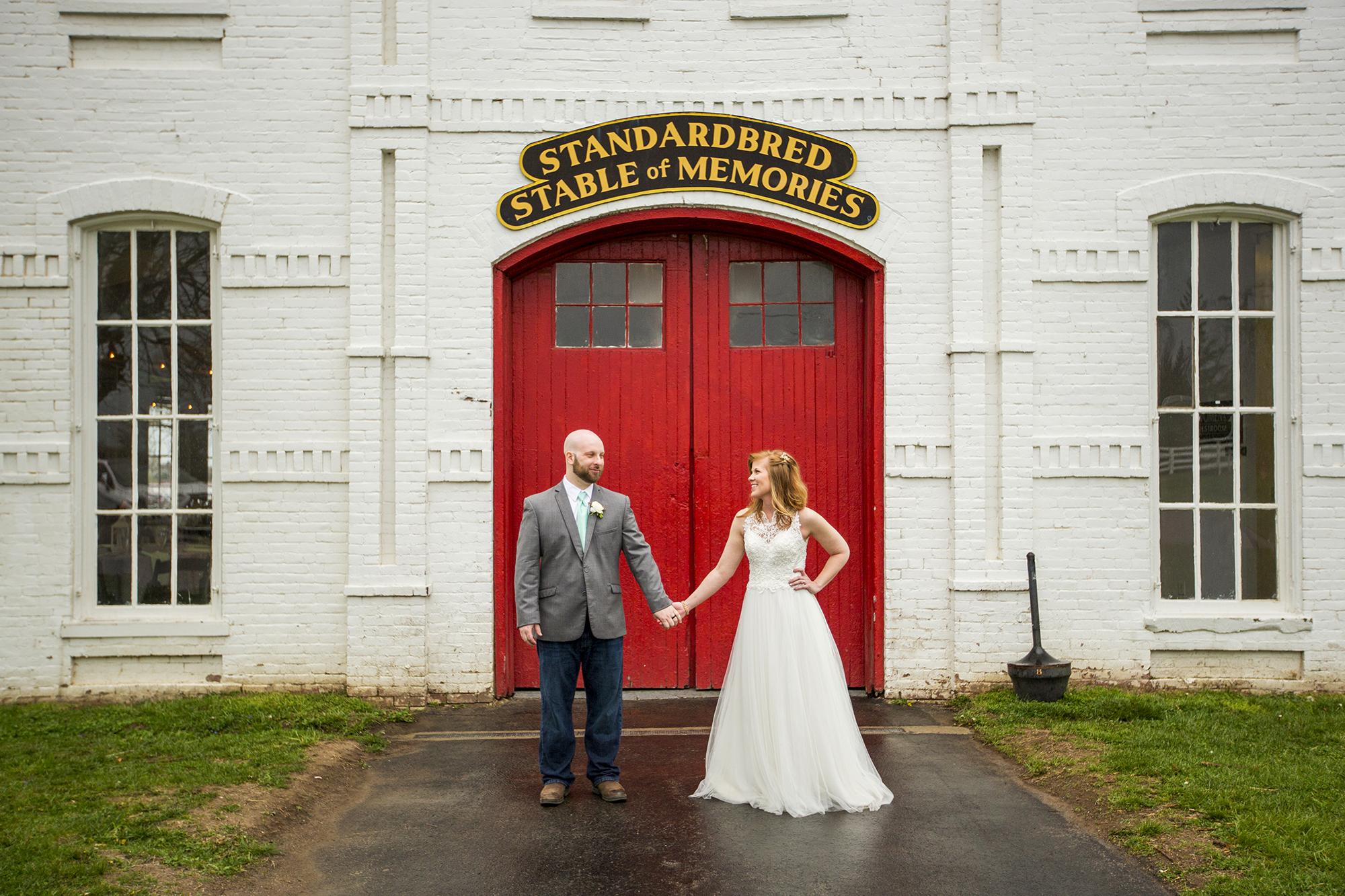 Seriously_Sabrina_Photography_Lexington_Kentucky_Red_Barn_Red_Mile_Wedding_Detoma66.jpg