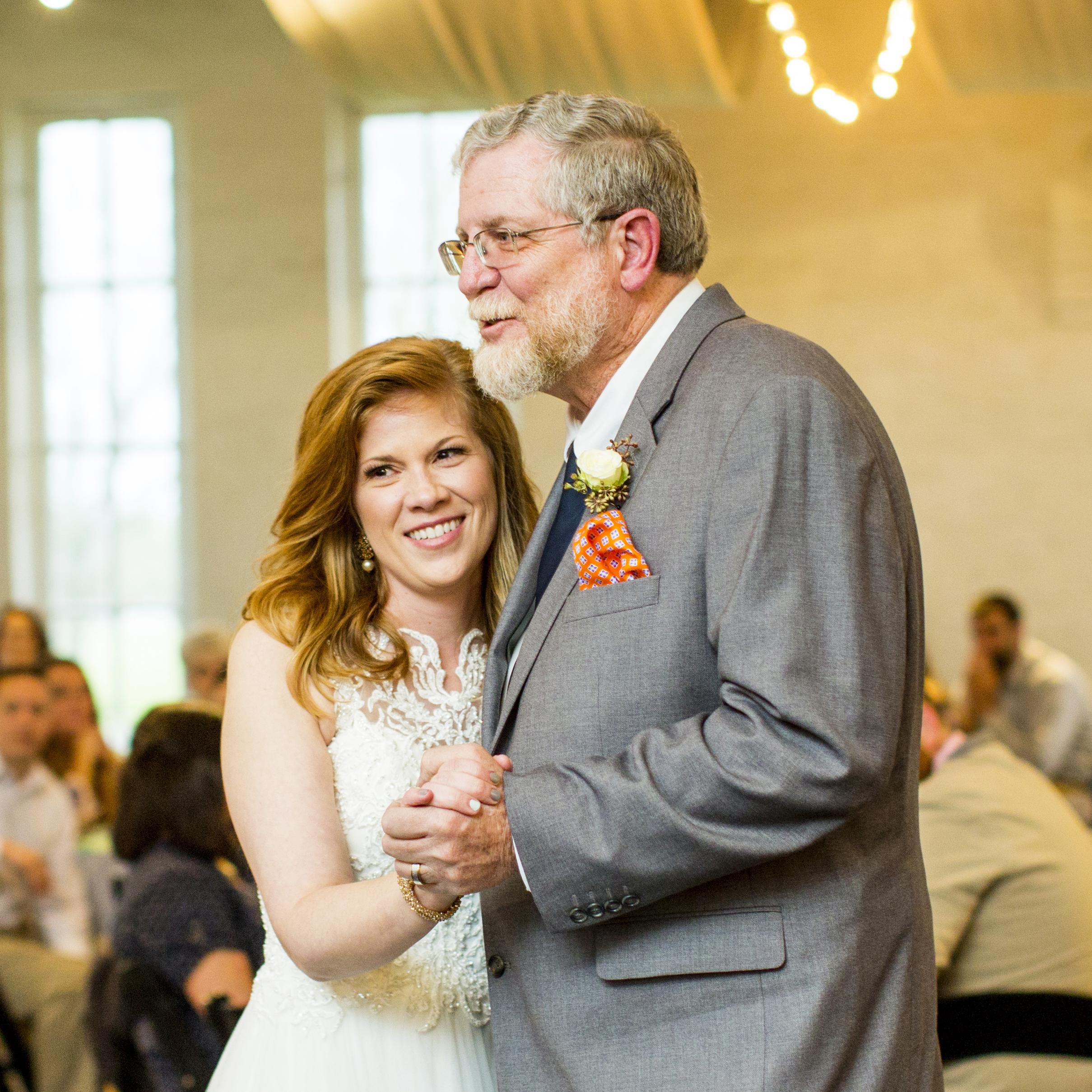 Seriously_Sabrina_Photography_Lexington_Kentucky_Red_Barn_Red_Mile_Wedding_Detoma77.jpg