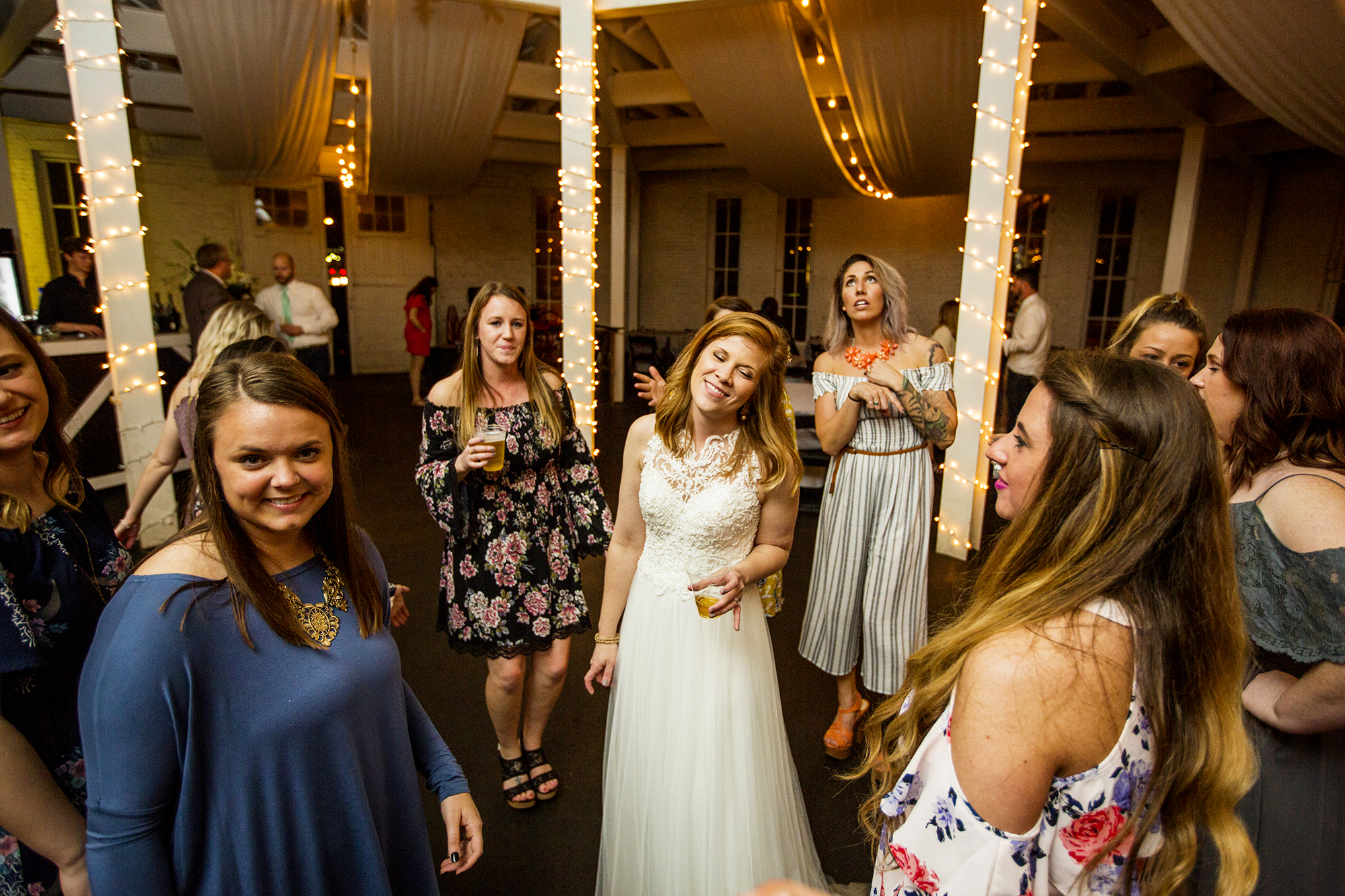 Seriously_Sabrina_Photography_Lexington_Kentucky_Red_Barn_Red_Mile_Wedding_Detoma102.jpg
