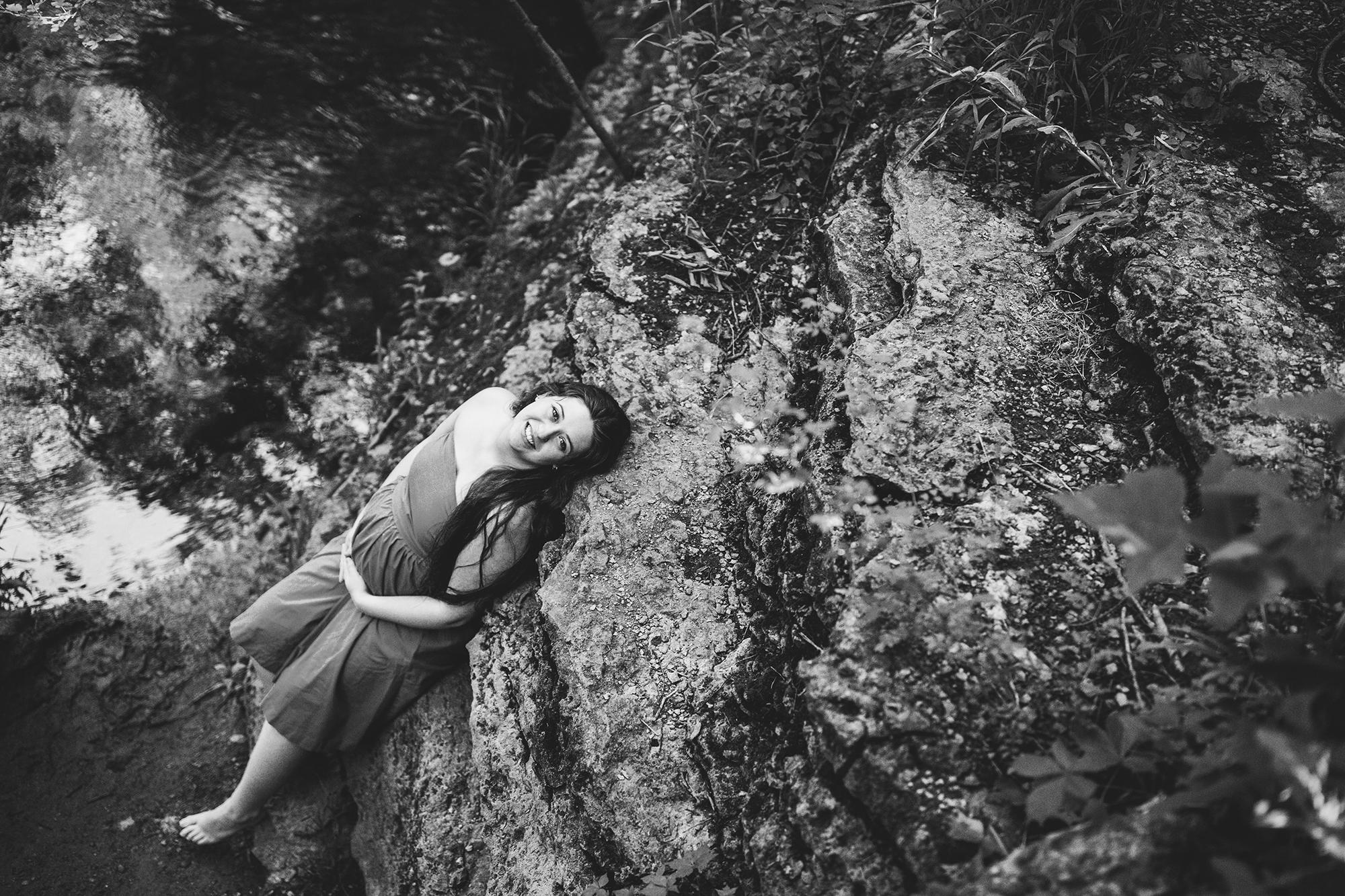 Seriously_Sabrina_Photography_Lexington_Kentucky_Maternity_Portraits_McConnell_Springs_Pagano16.jpg