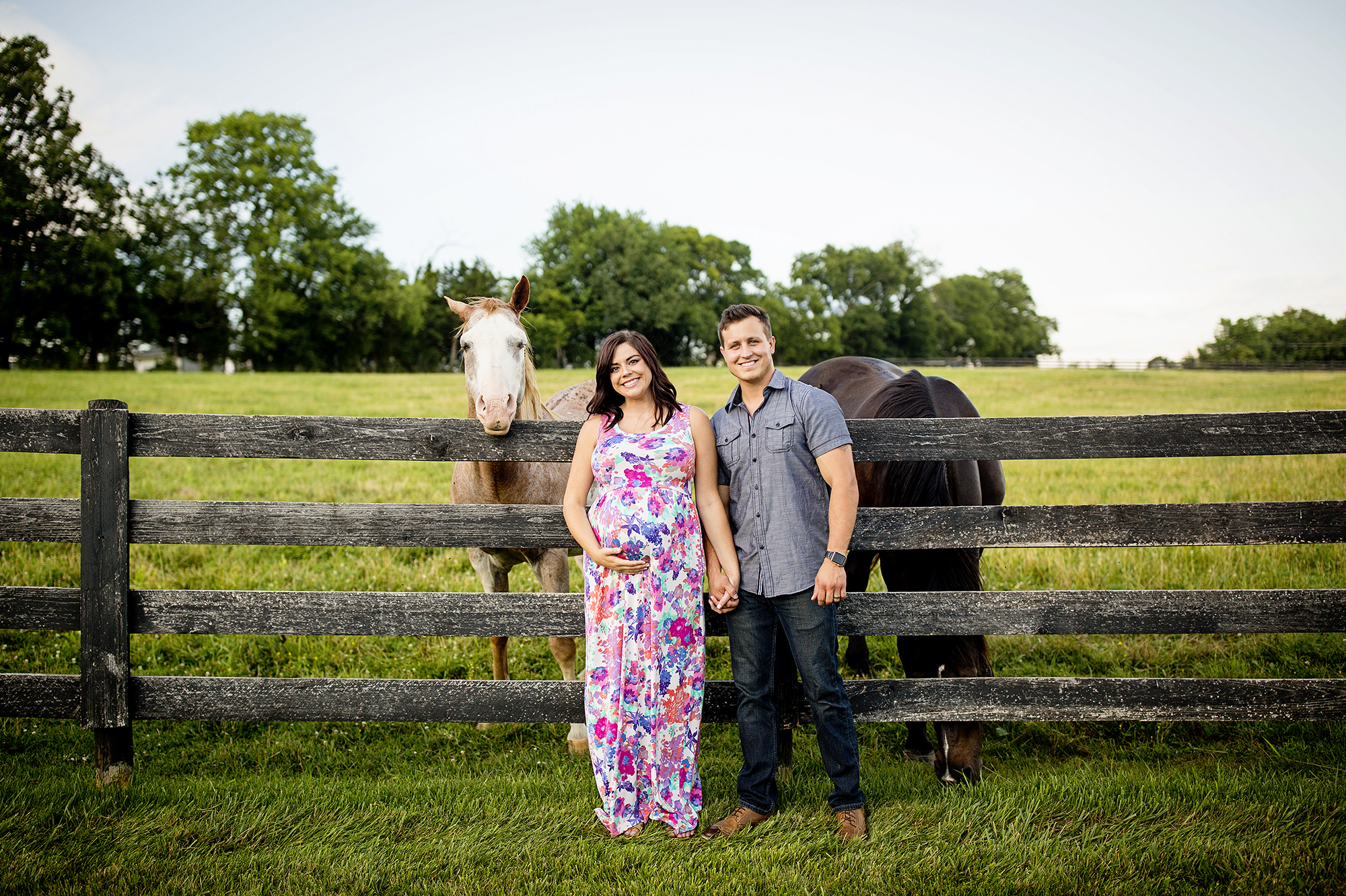 Seriously_Sabrina_Photography_Bardstown_Kentucky_Maternity_Portraits_Lee15.jpg