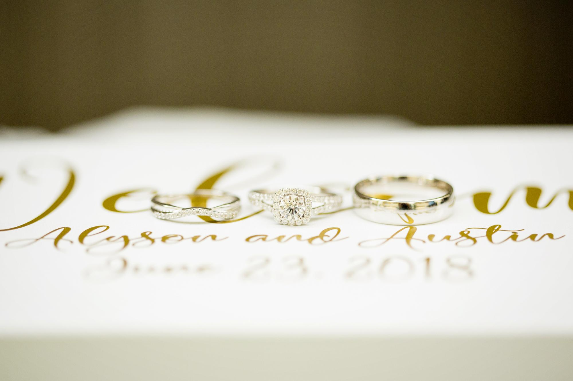Seriously_Sabrina_Photography_Lexington _Kentucky_Limestone_Hall_Wedding_Rogers1.jpg