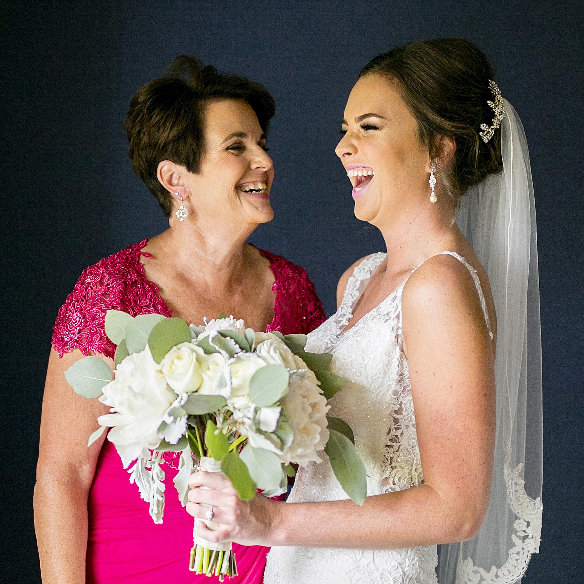 Seriously_Sabrina_Photography_Lexington _Kentucky_Limestone_Hall_Wedding_Rogers28.jpg