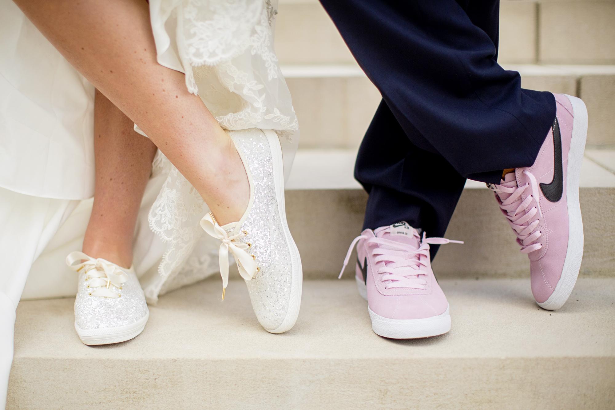 Seriously_Sabrina_Photography_Lexington _Kentucky_Limestone_Hall_Wedding_Rogers75.jpg