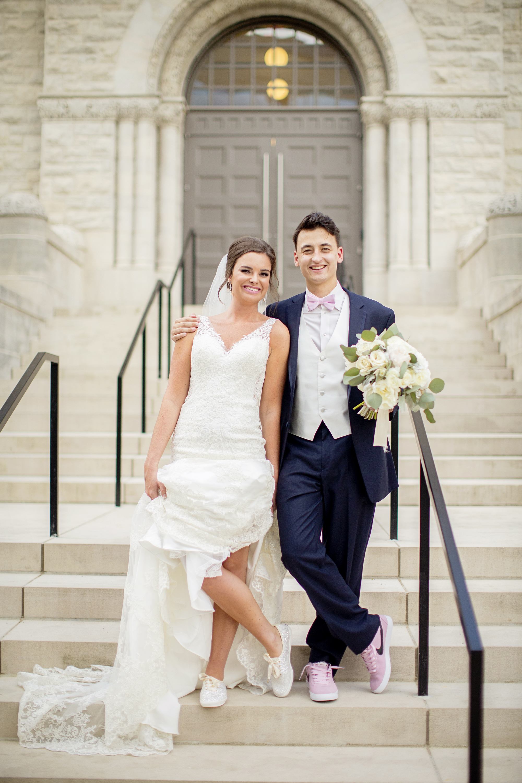 Seriously_Sabrina_Photography_Lexington _Kentucky_Limestone_Hall_Wedding_Rogers74.jpg