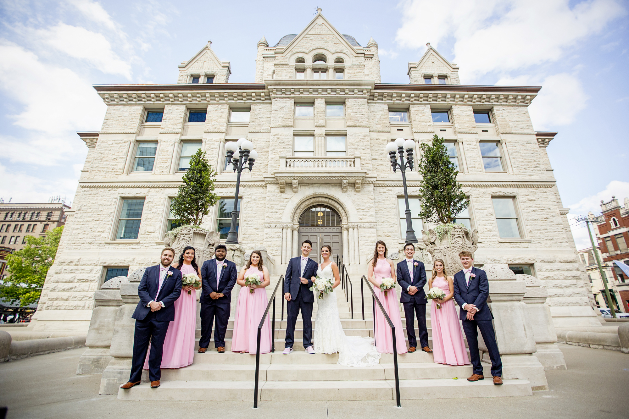 Seriously_Sabrina_Photography_Lexington _Kentucky_Limestone_Hall_Wedding_Rogers098.jpg