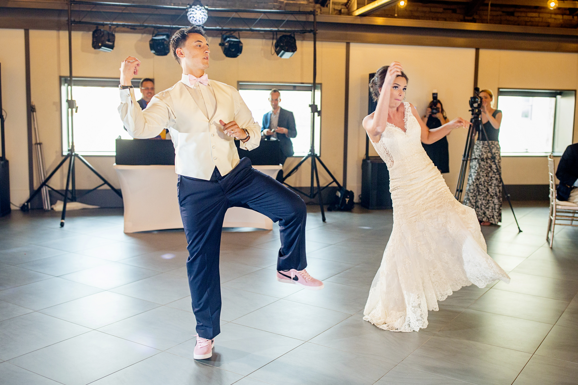 Seriously_Sabrina_Photography_Lexington _Kentucky_Limestone_Hall_Wedding_Rogers99.jpg