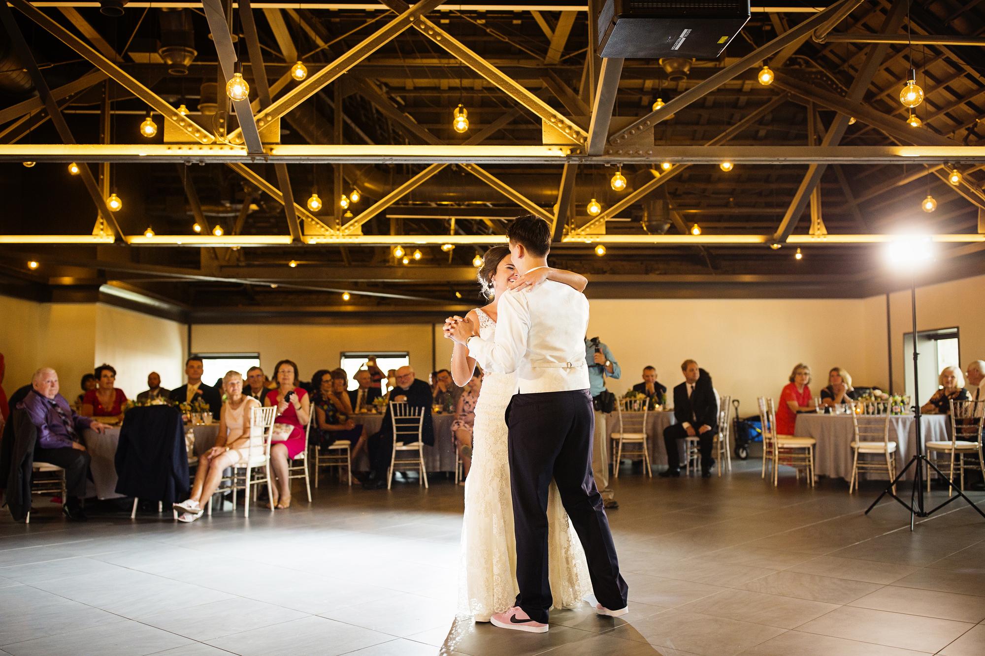Seriously_Sabrina_Photography_Lexington _Kentucky_Limestone_Hall_Wedding_Rogers100.jpg