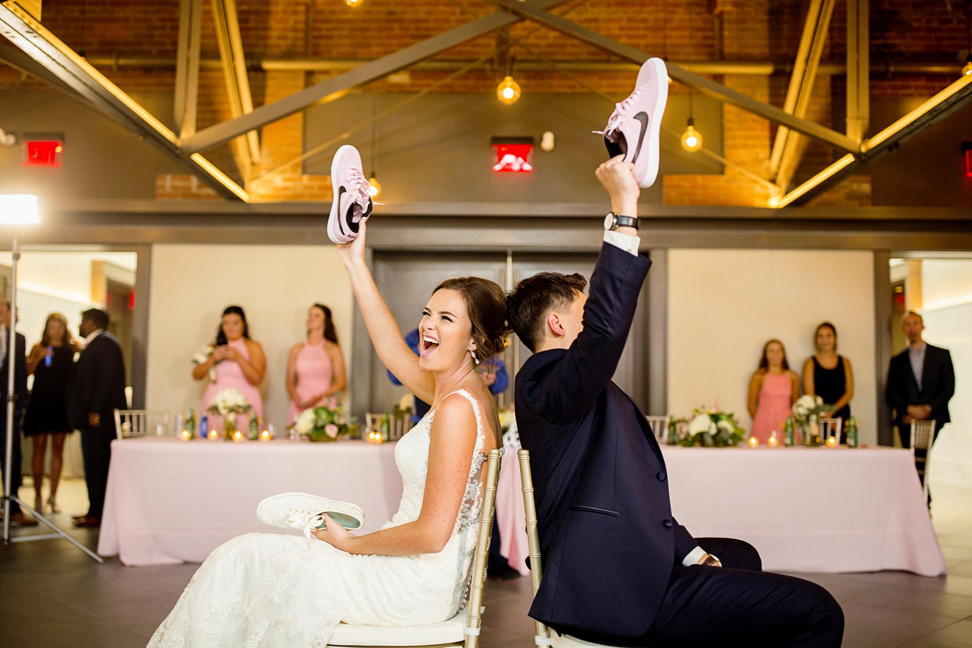 Seriously_Sabrina_Photography_Lexington _Kentucky_Limestone_Hall_Wedding_Rogers106.jpg