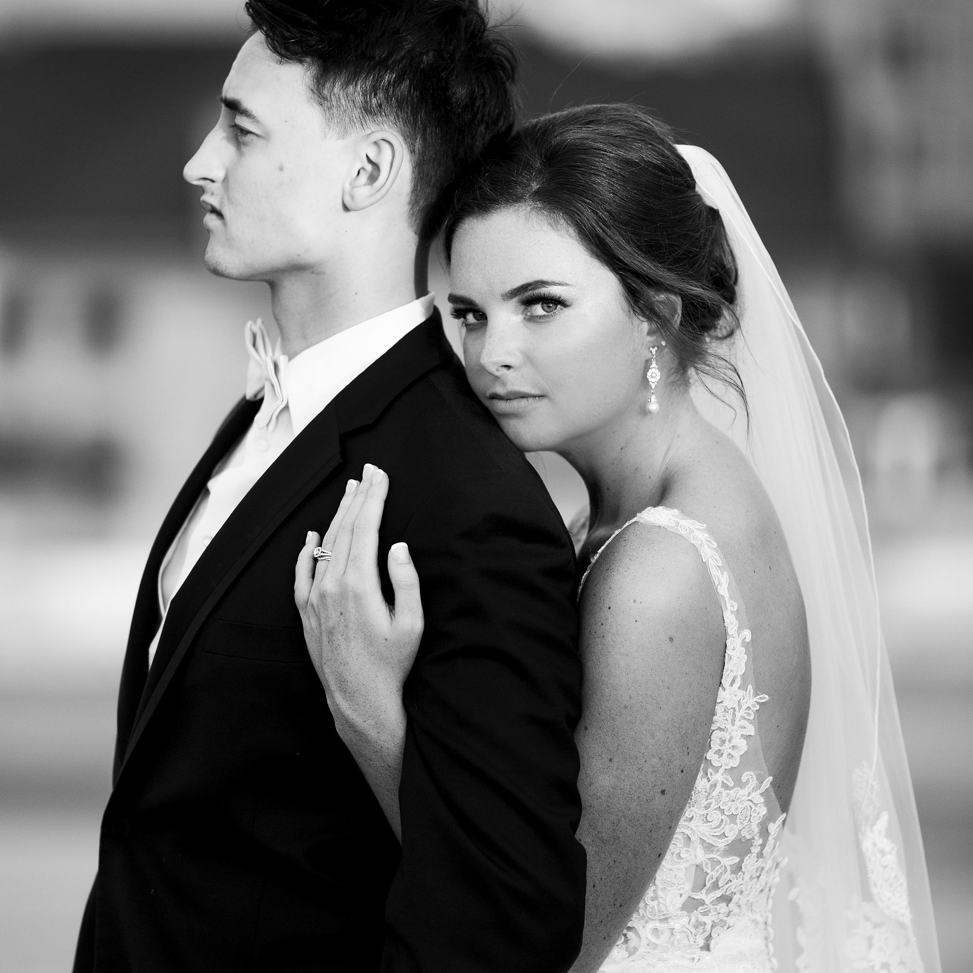 Seriously_Sabrina_Photography_Lexington _Kentucky_Limestone_Hall_Wedding_Rogers119.jpg