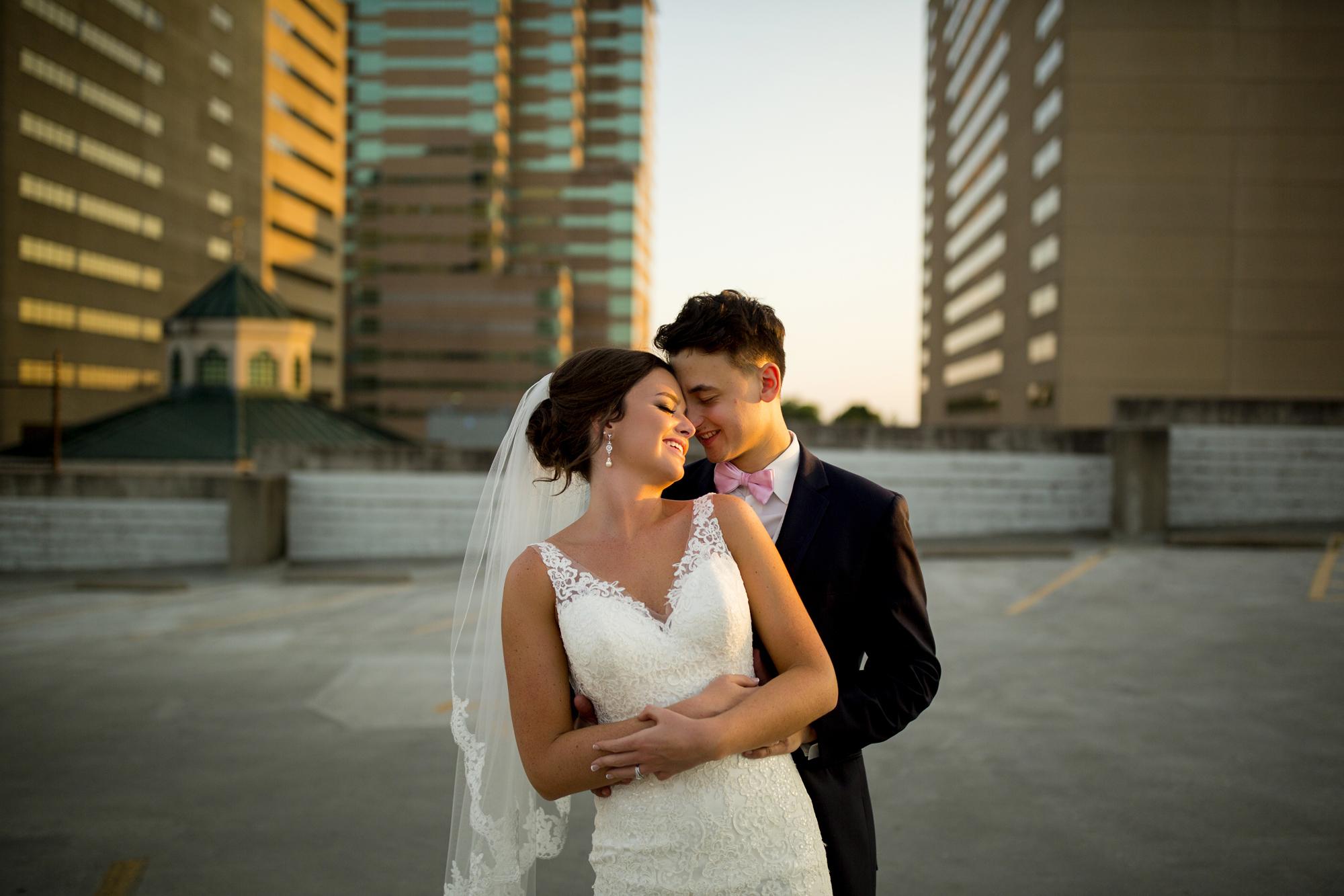 Seriously_Sabrina_Photography_Lexington _Kentucky_Limestone_Hall_Wedding_Rogers122.jpg
