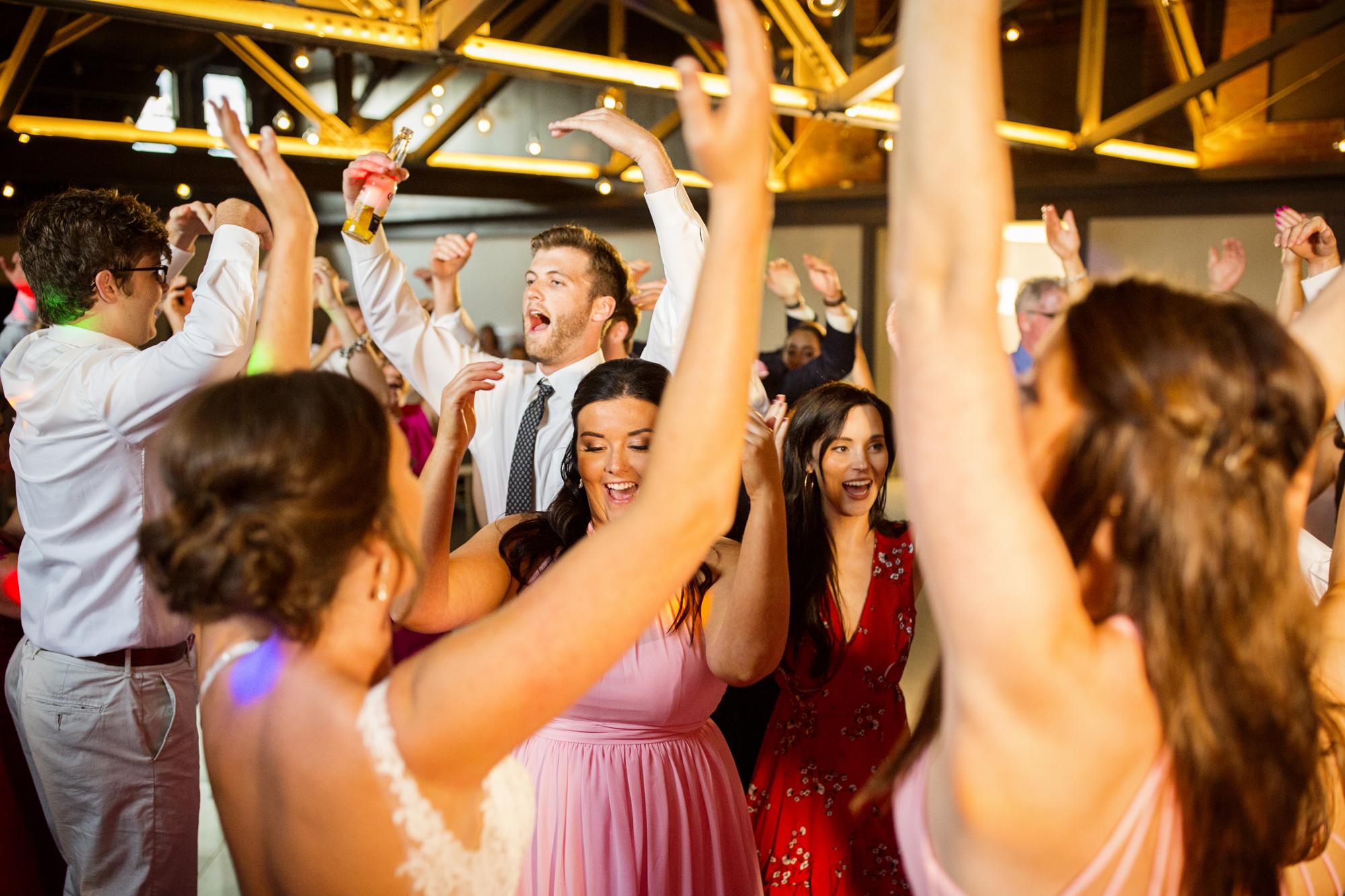 Seriously_Sabrina_Photography_Lexington _Kentucky_Limestone_Hall_Wedding_Rogers156.jpg