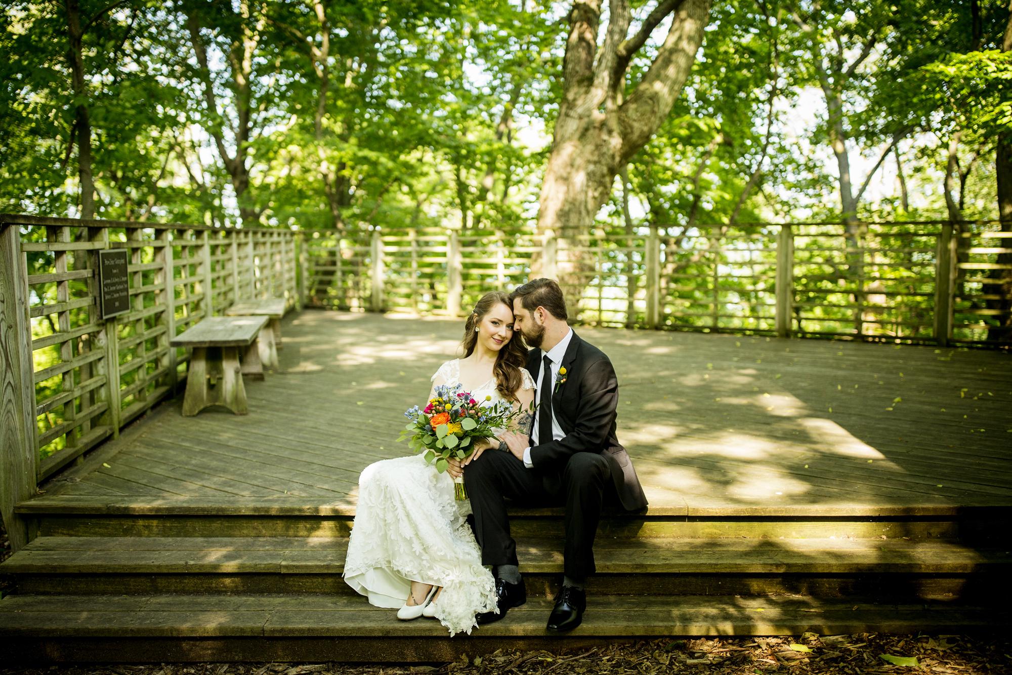 Seriously_Sabrina_Photography_Milwaukee_Wisconsin_Wedding_Schlitz_Audubon_Nature_Center_BrunderRife51.jpg