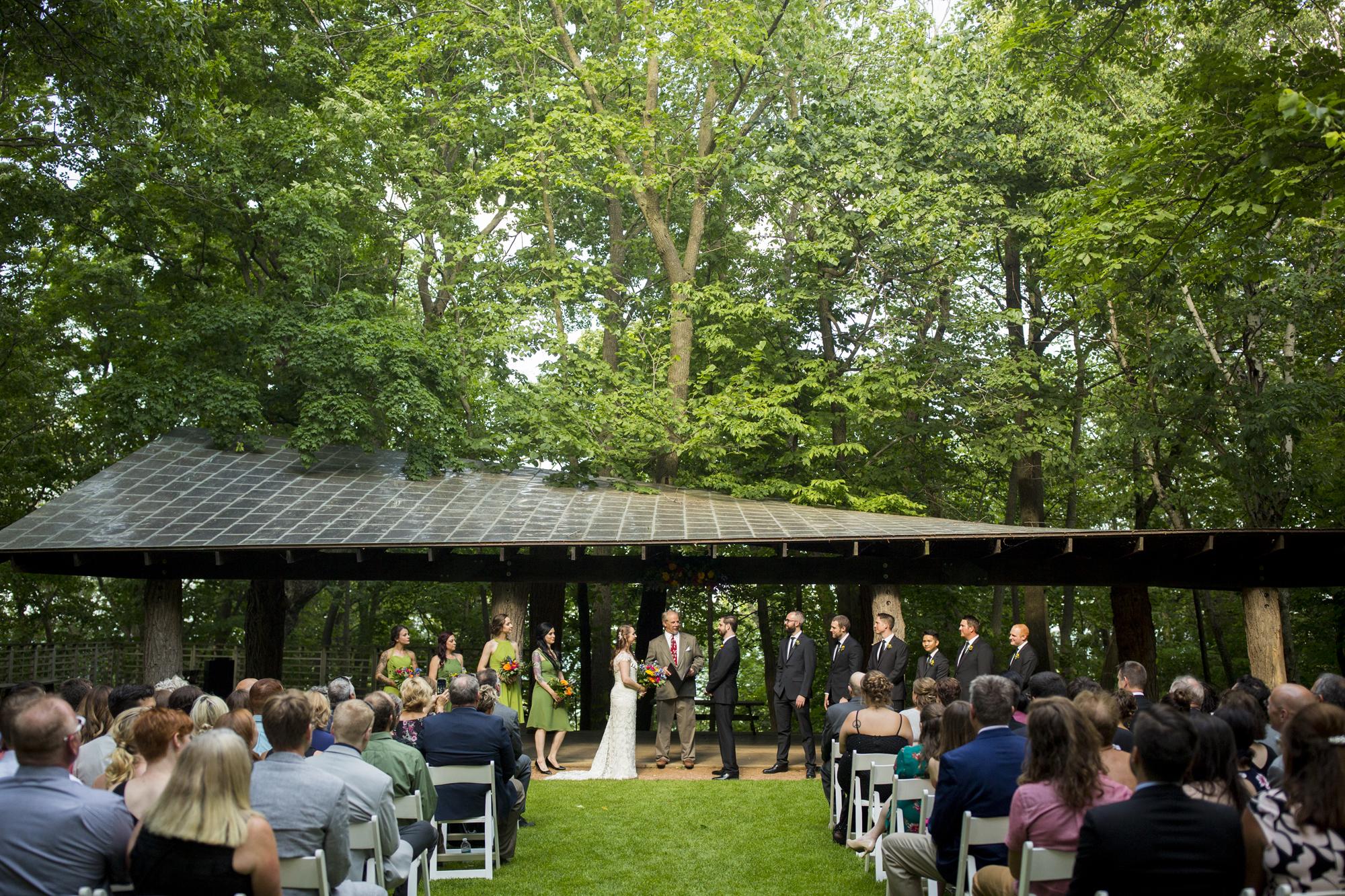 Seriously_Sabrina_Photography_Milwaukee_Wisconsin_Wedding_Schlitz_Audubon_Nature_Center_BrunderRife65.jpg