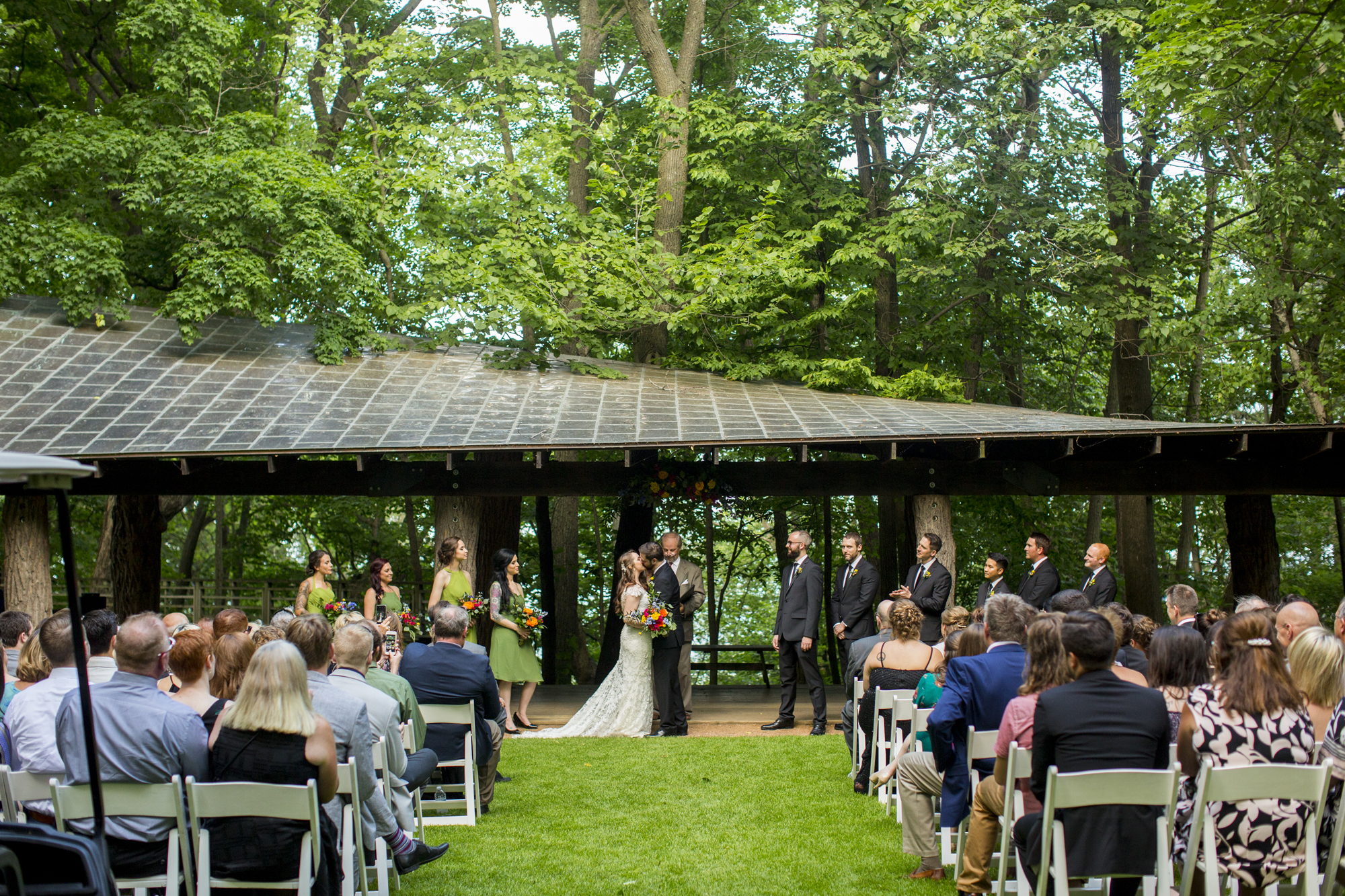 Seriously_Sabrina_Photography_Milwaukee_Wisconsin_Wedding_Schlitz_Audubon_Nature_Center_BrunderRife71.jpg
