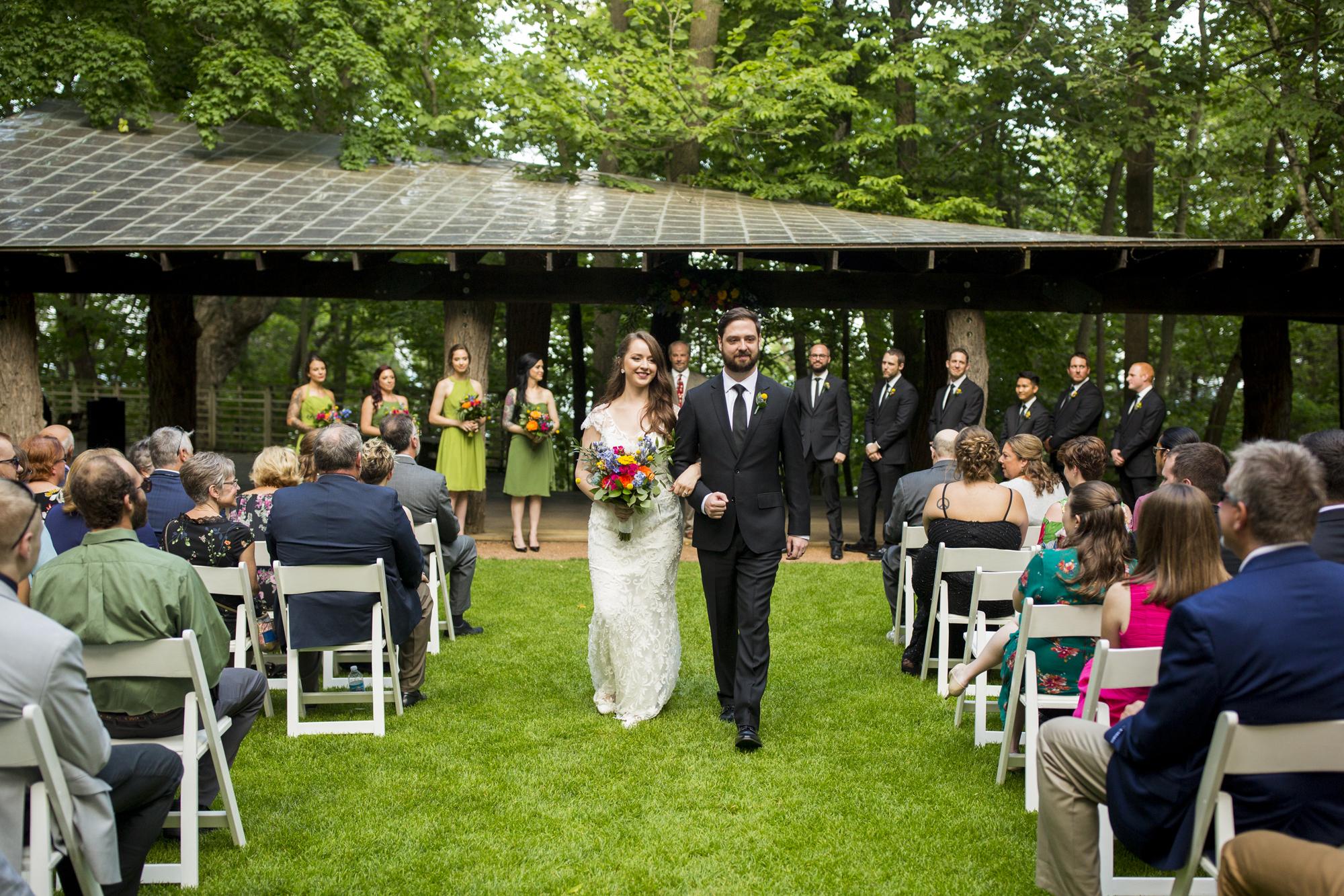 Seriously_Sabrina_Photography_Milwaukee_Wisconsin_Wedding_Schlitz_Audubon_Nature_Center_BrunderRife72.jpg