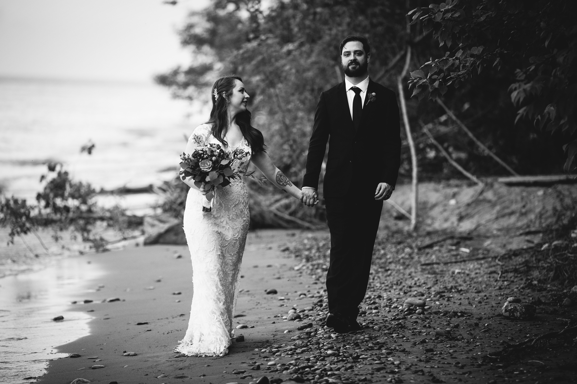 Seriously_Sabrina_Photography_Milwaukee_Wisconsin_Wedding_Schlitz_Audubon_Nature_Center_BrunderRife115.jpg