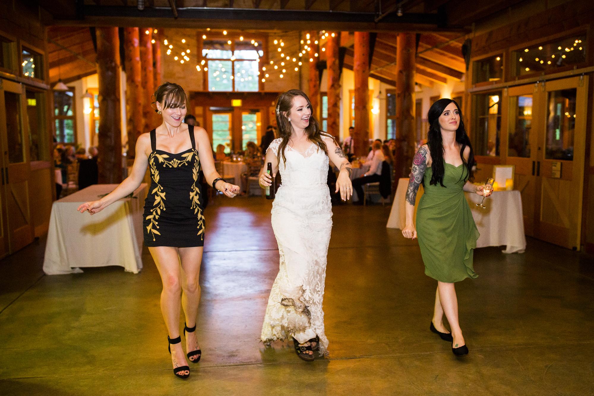 Seriously_Sabrina_Photography_Milwaukee_Wisconsin_Wedding_Schlitz_Audubon_Nature_Center_BrunderRife133.jpg
