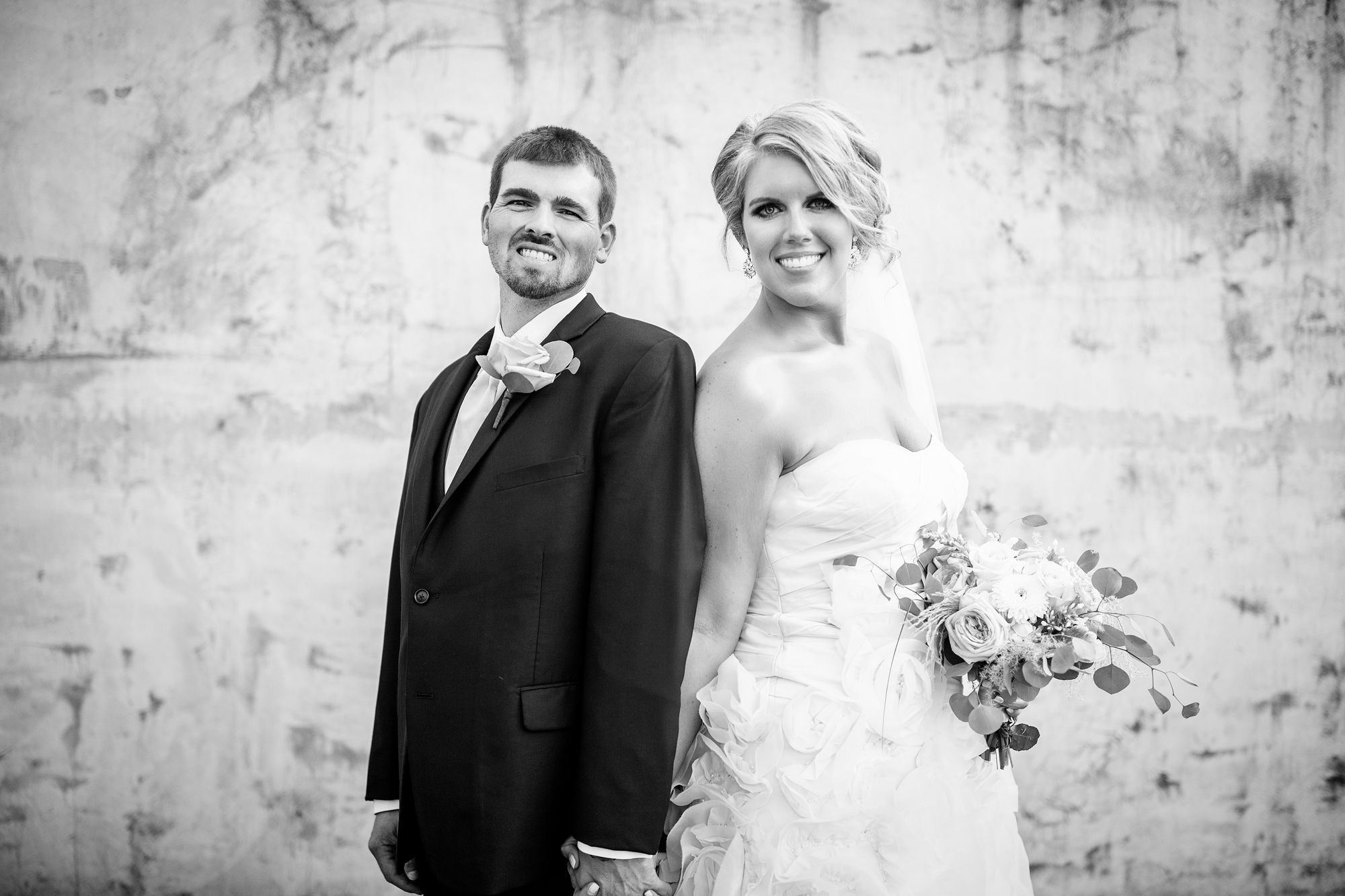 Seriously_Sabrina_Photography_Ashland_Kentucky_Train_Depot_Wedding_Parsons53.jpg