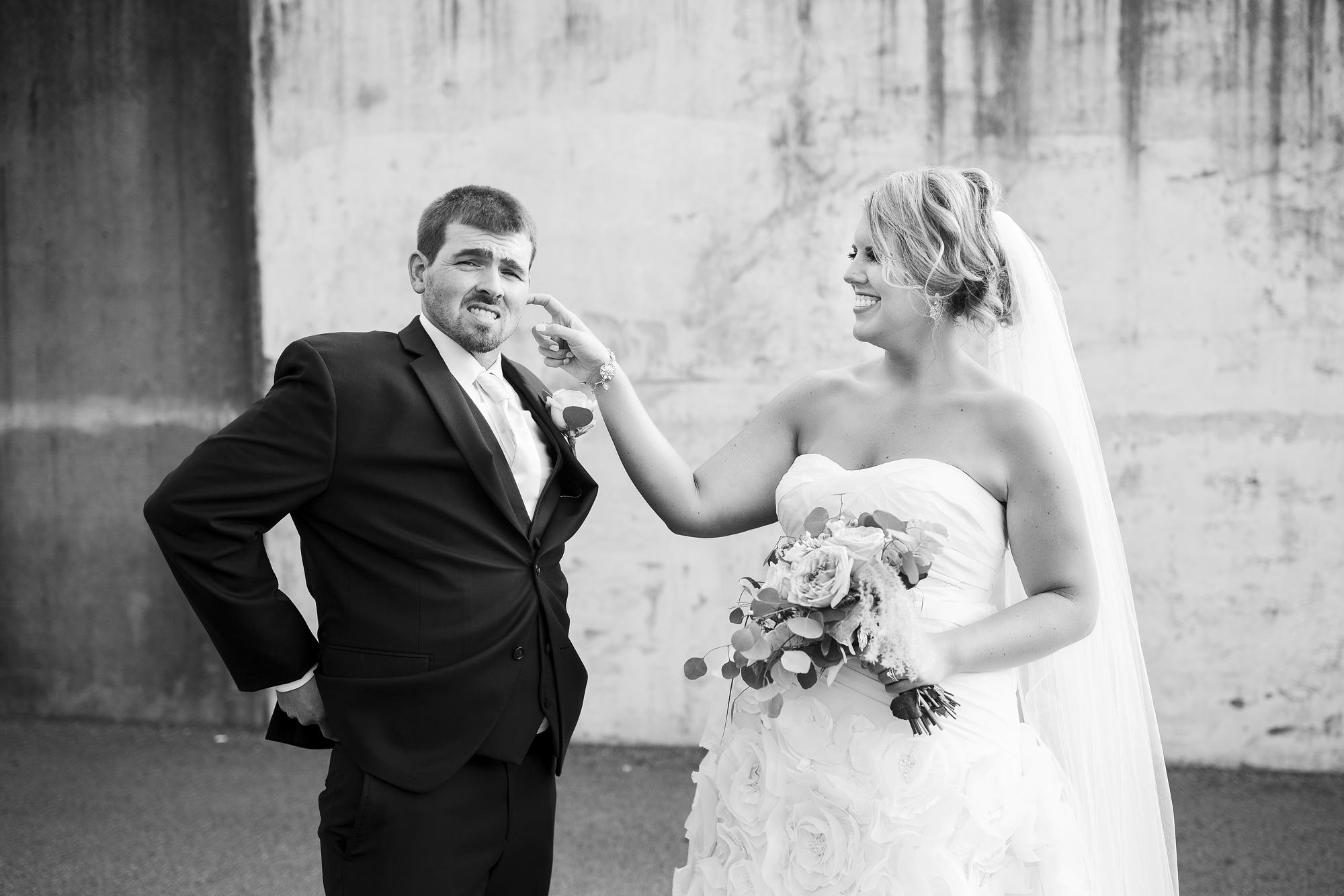 Seriously_Sabrina_Photography_Ashland_Kentucky_Train_Depot_Wedding_Parsons60.jpg