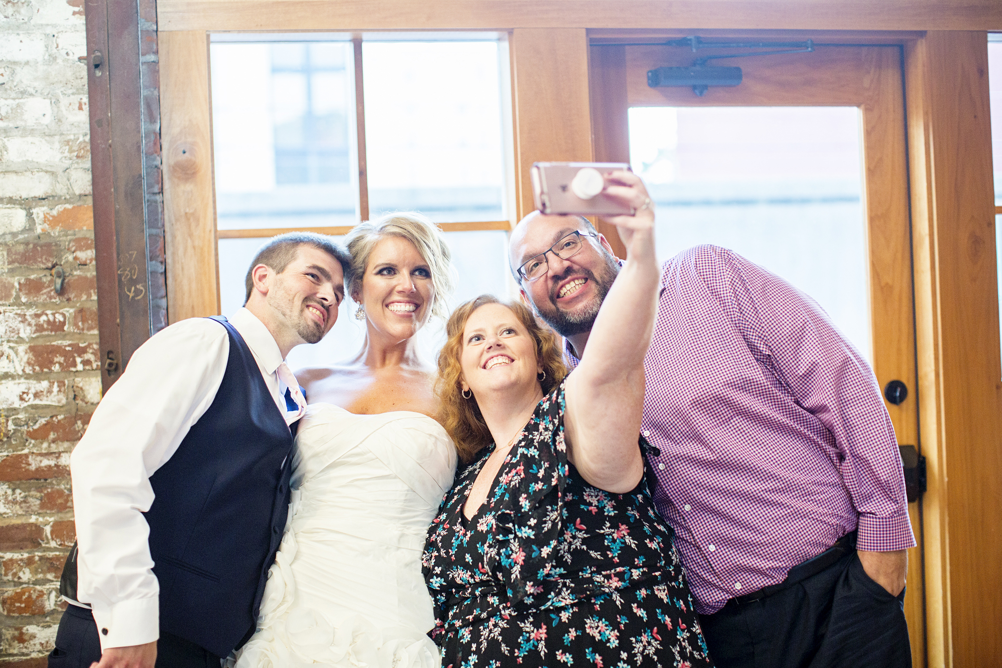 Seriously_Sabrina_Photography_Ashland_Kentucky_Train_Depot_Wedding_Parsons70.jpg