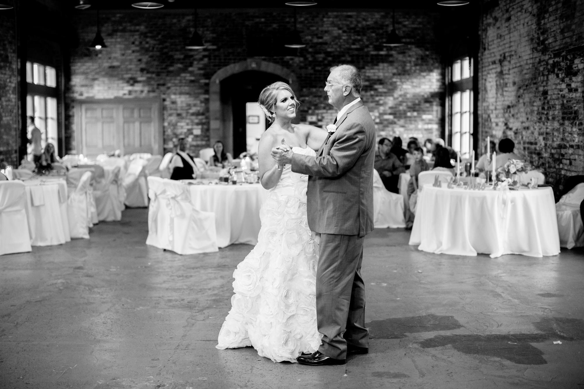 Seriously_Sabrina_Photography_Ashland_Kentucky_Train_Depot_Wedding_Parsons75.jpg