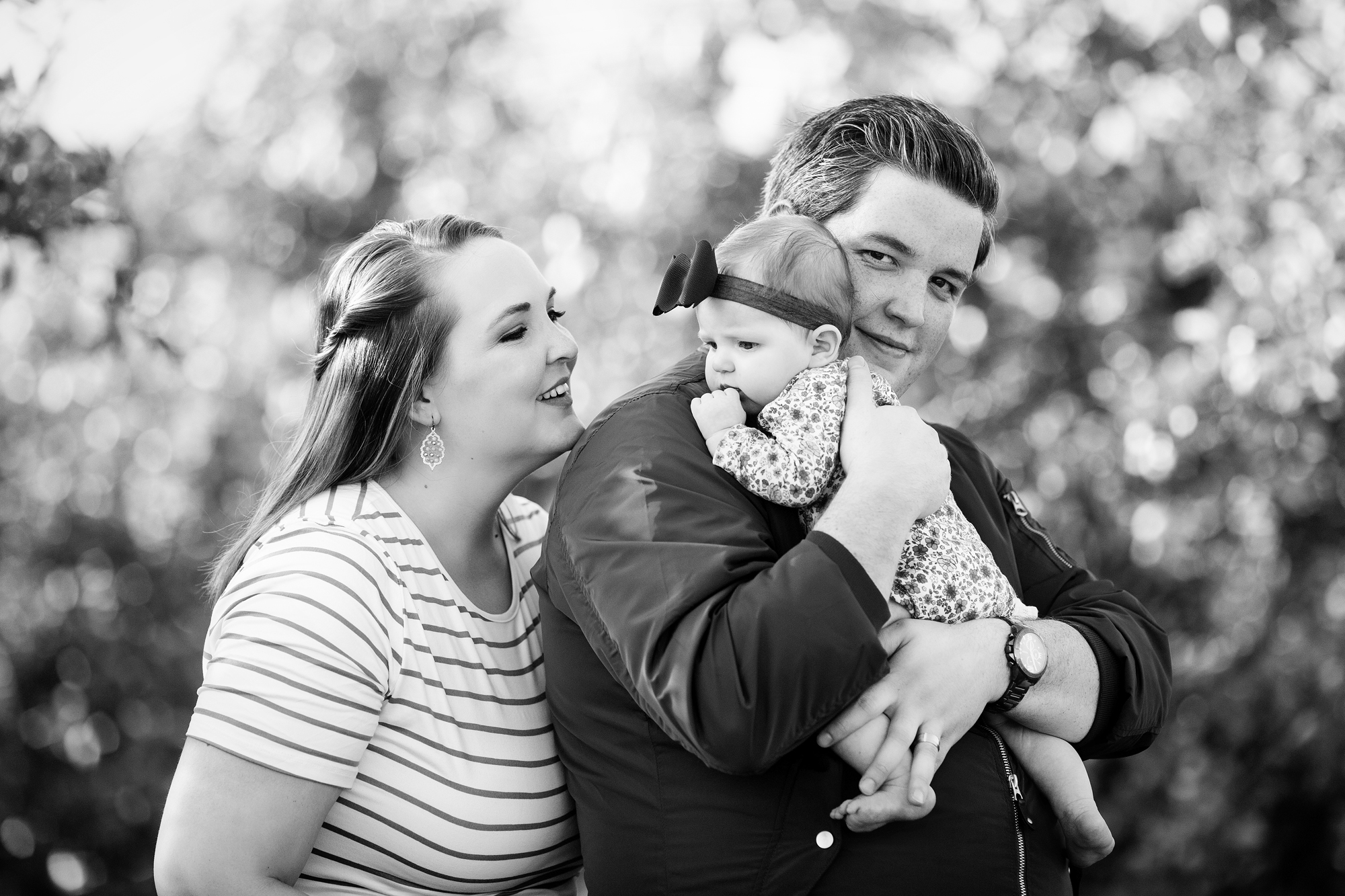 Seriously_Sabrina_Photography_Lexington_Kentucky_Eckert_Boyd_Orchard_Portraits_Good_Family_24.jpg