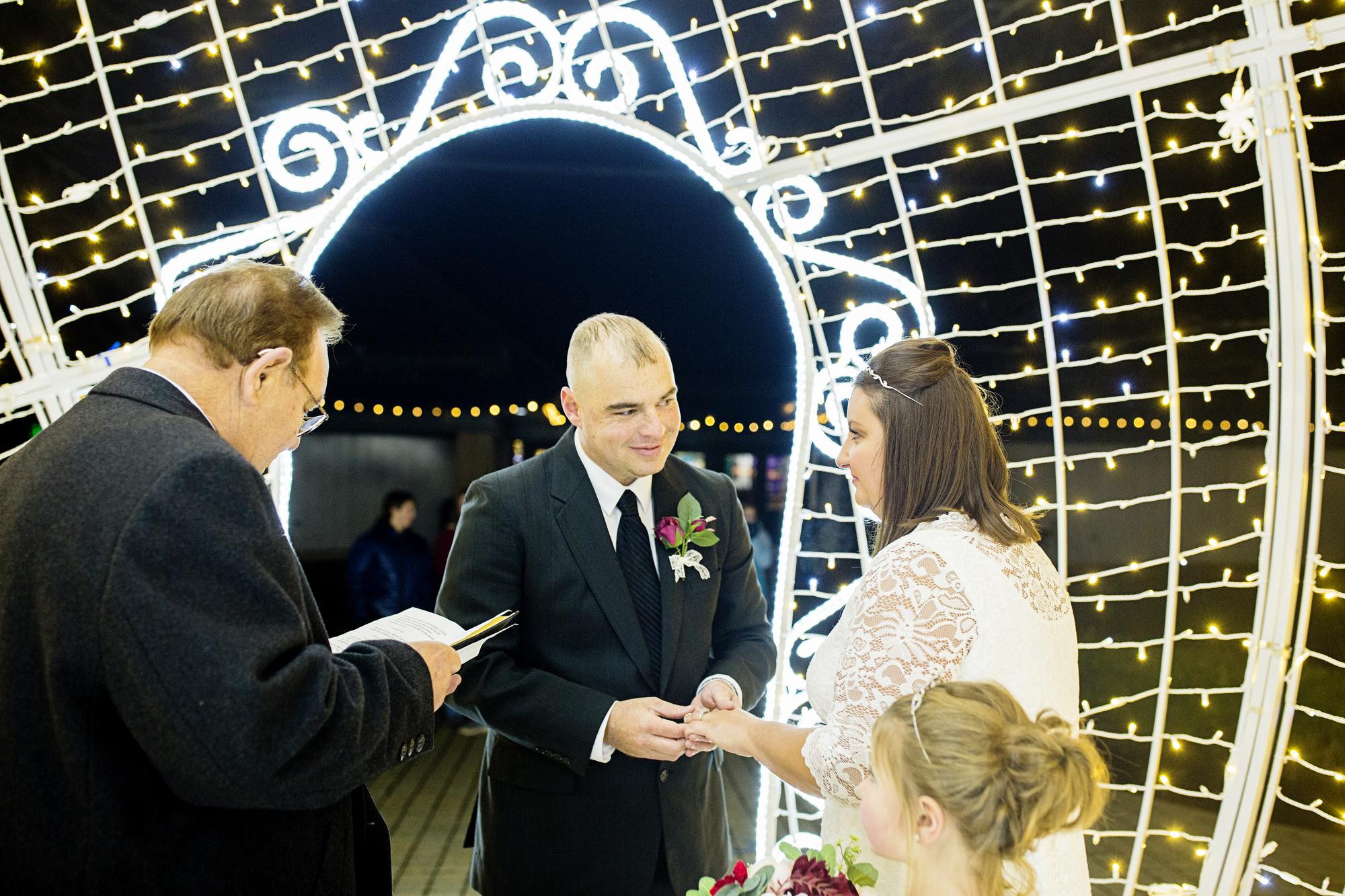 Seriously_Sabrina_Photography_Lexington_Kentucky_Horse_Park_Intimate_Wedding_Buchanan_10.jpg