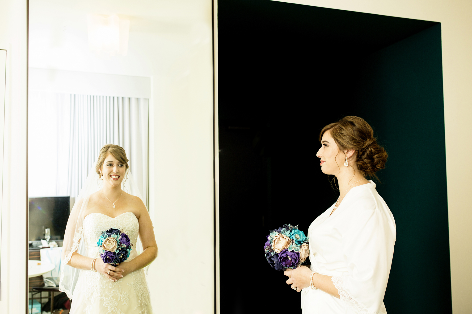 Seriously_Sabrina_Photography_Lexington_Kentucky_21c_Round_Barn_Red_Mile_Wedding_Gorley_31.jpg