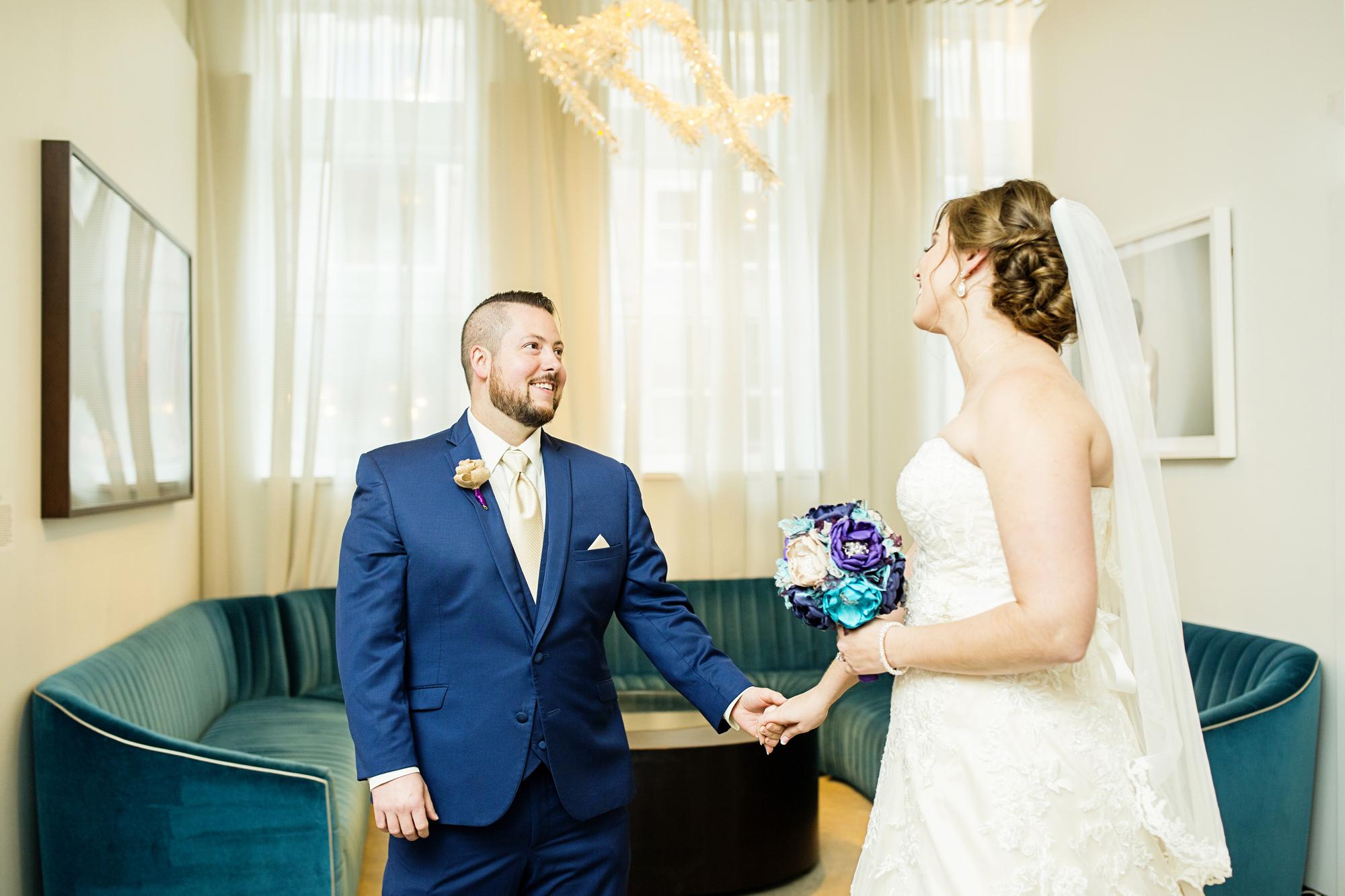 Seriously_Sabrina_Photography_Lexington_Kentucky_21c_Round_Barn_Red_Mile_Wedding_Gorley_33.jpg