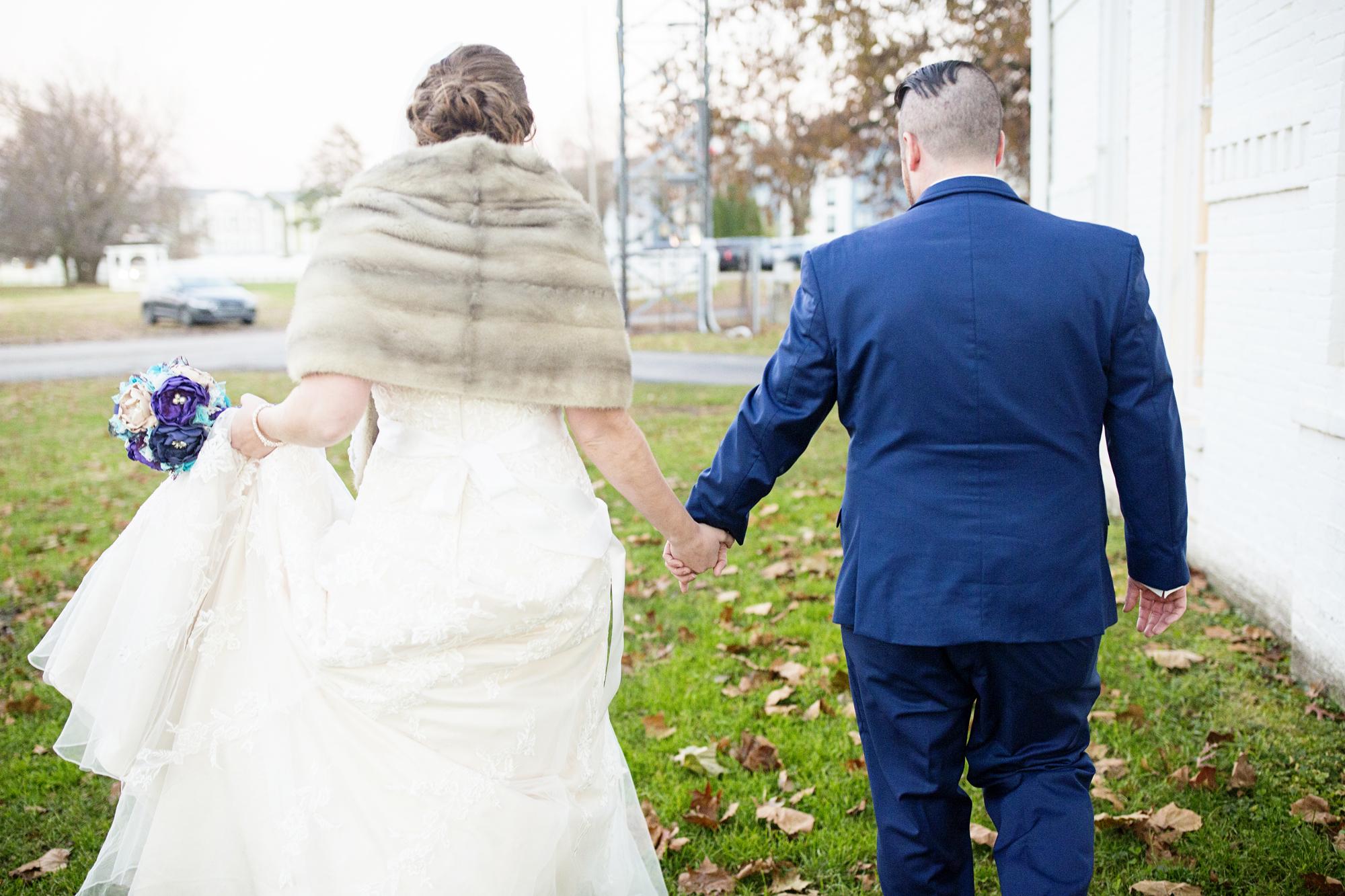 Seriously_Sabrina_Photography_Lexington_Kentucky_21c_Round_Barn_Red_Mile_Wedding_Gorley_54.jpg