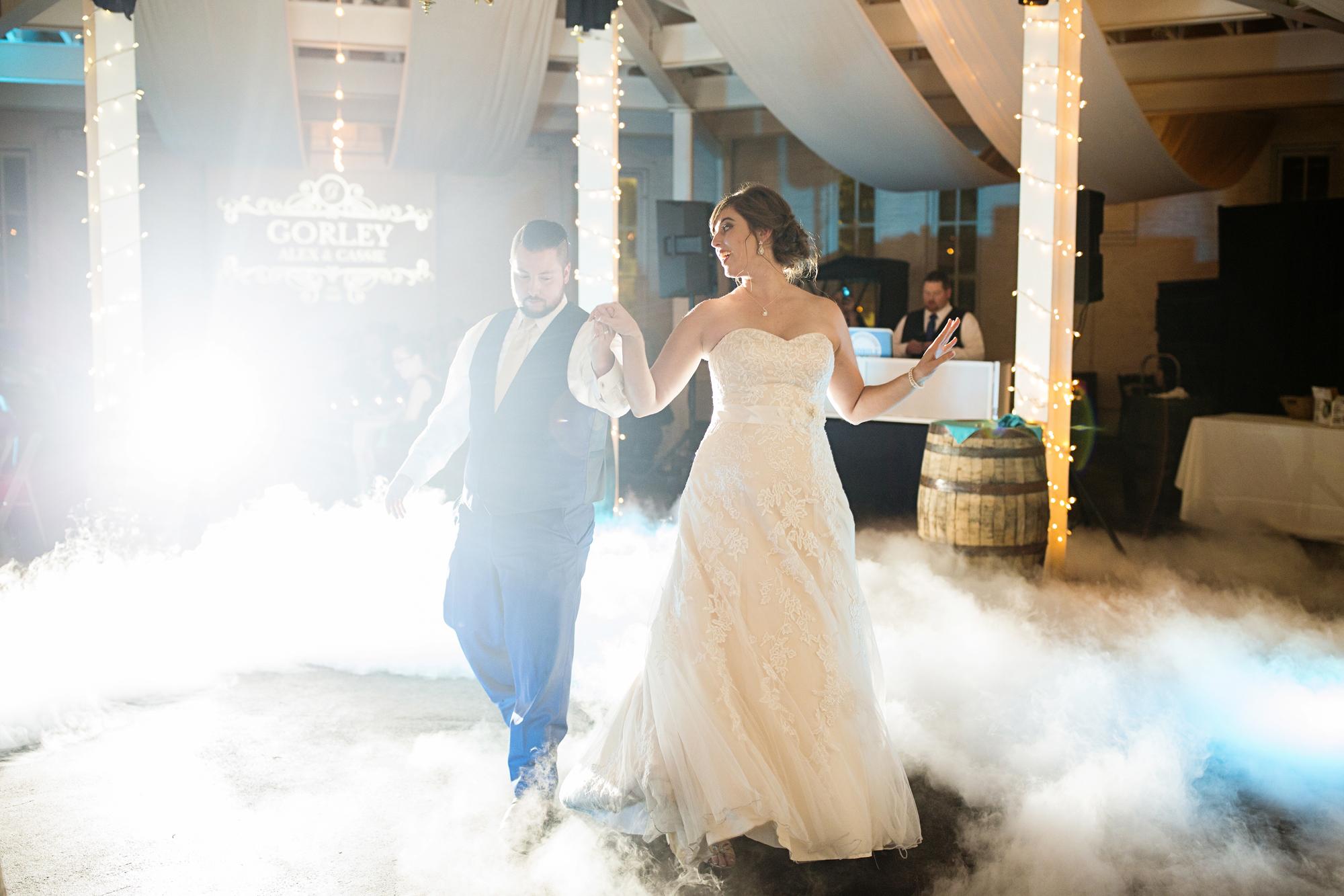 Seriously_Sabrina_Photography_Lexington_Kentucky_21c_Round_Barn_Red_Mile_Wedding_Gorley_112.jpg