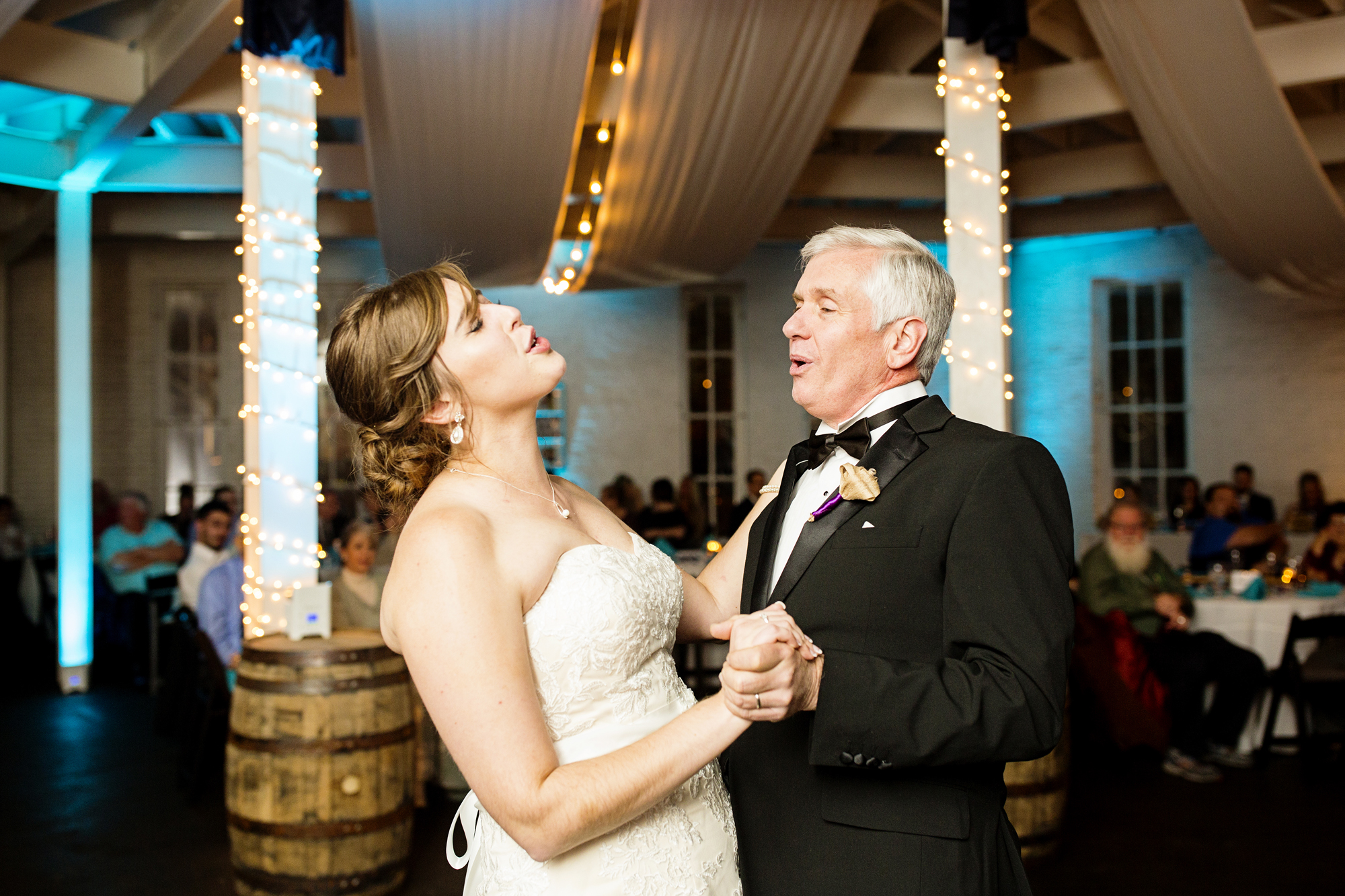 Seriously_Sabrina_Photography_Lexington_Kentucky_21c_Round_Barn_Red_Mile_Wedding_Gorley_117.jpg