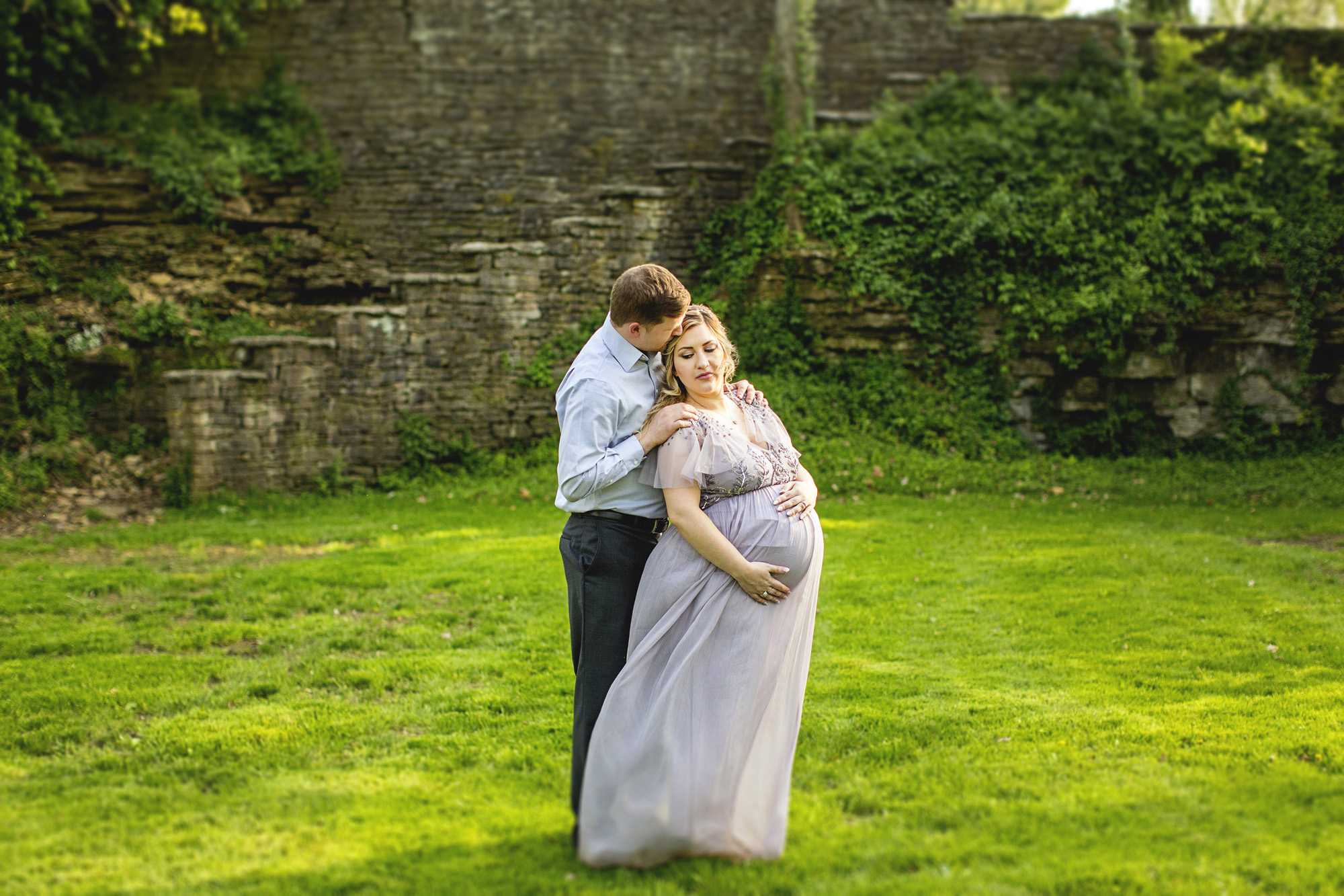 Seriously_Sabrina_Photography_Lexington_Kentucky_Fairytale_Maternity_Portraits_Horse_Park_Reynolds_17.jpg