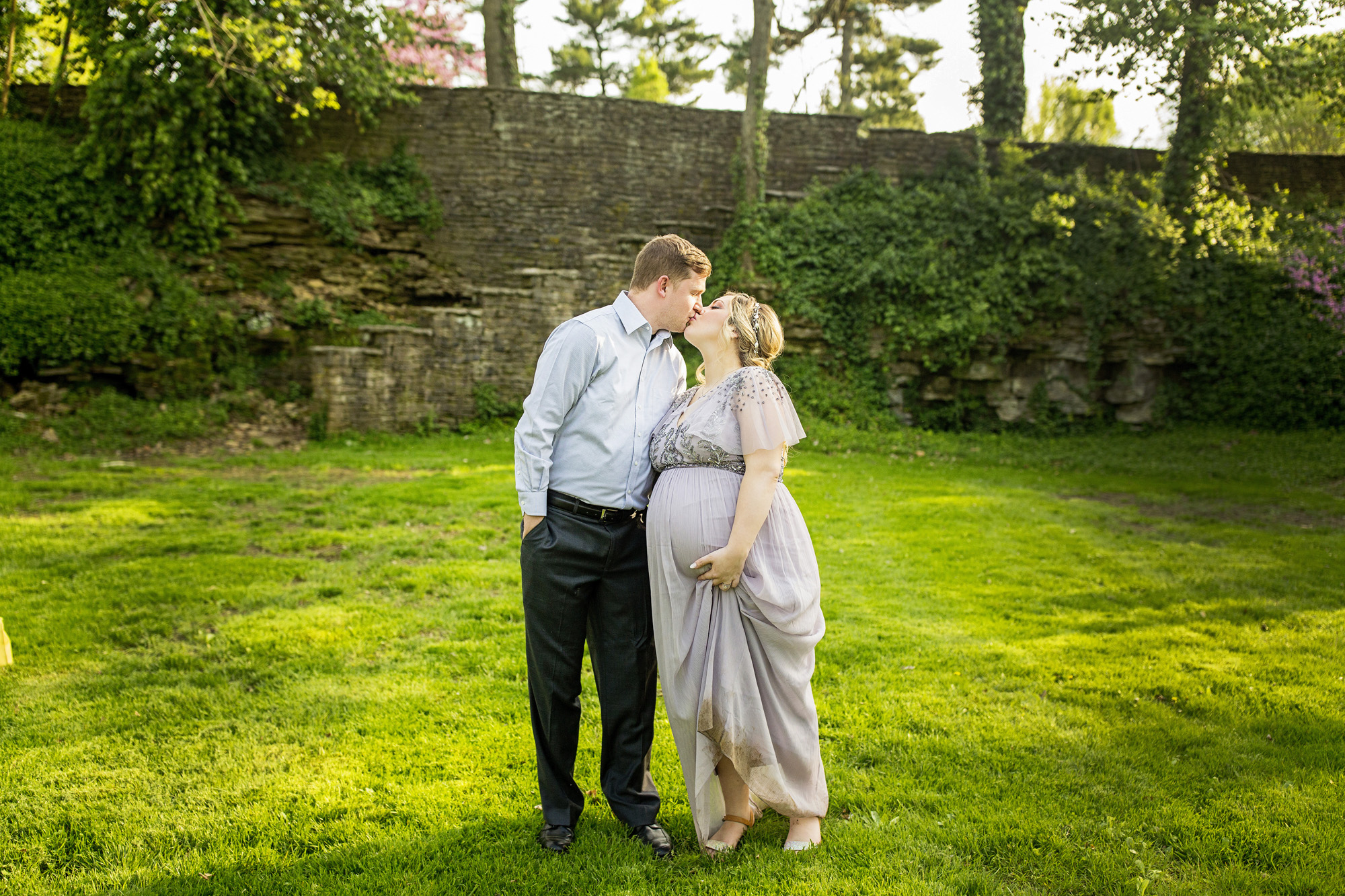 Seriously_Sabrina_Photography_Lexington_Kentucky_Fairytale_Maternity_Portraits_Horse_Park_Reynolds_20.jpg
